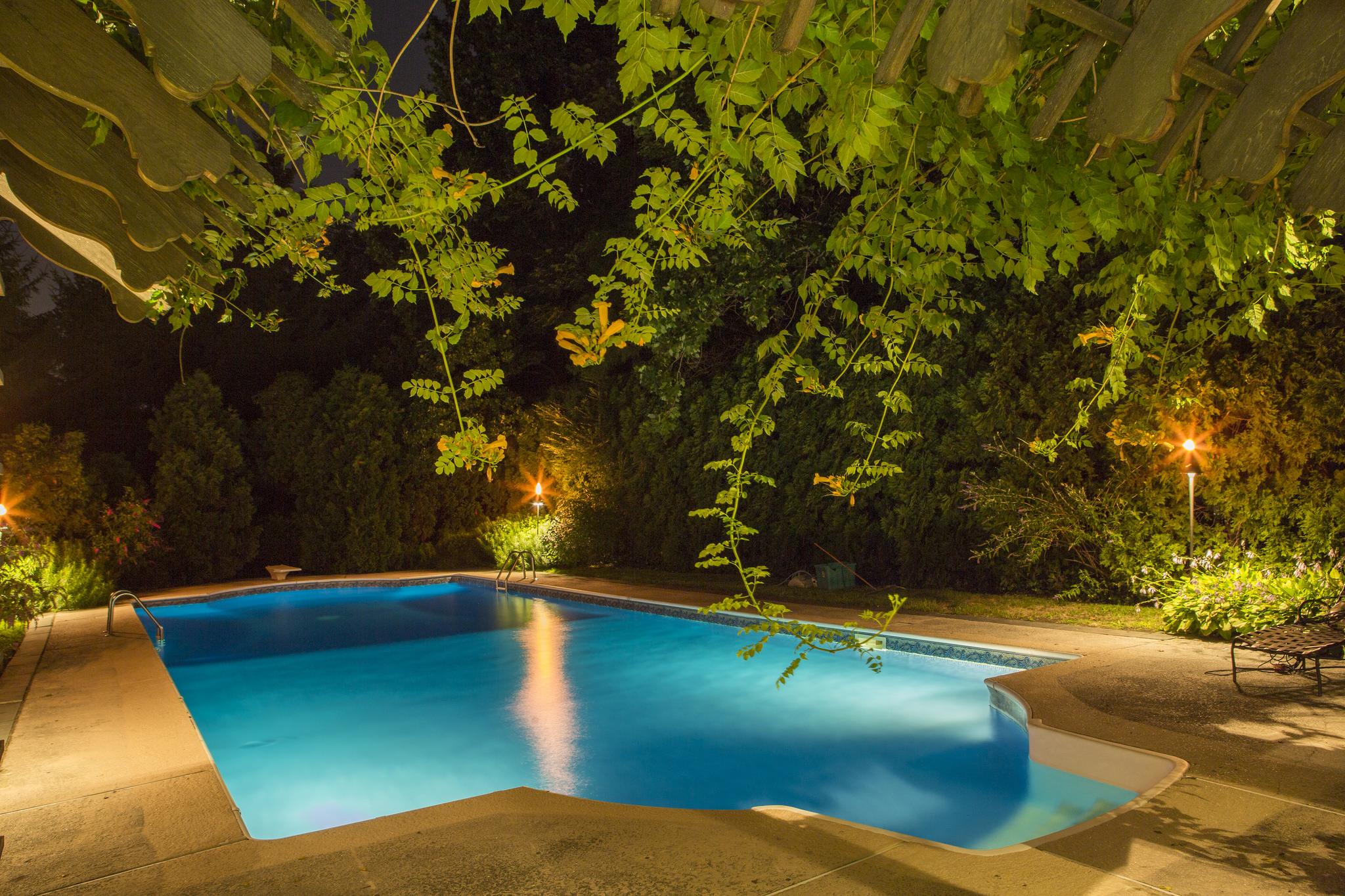 36111942934-ivy-garden-estate.jpg