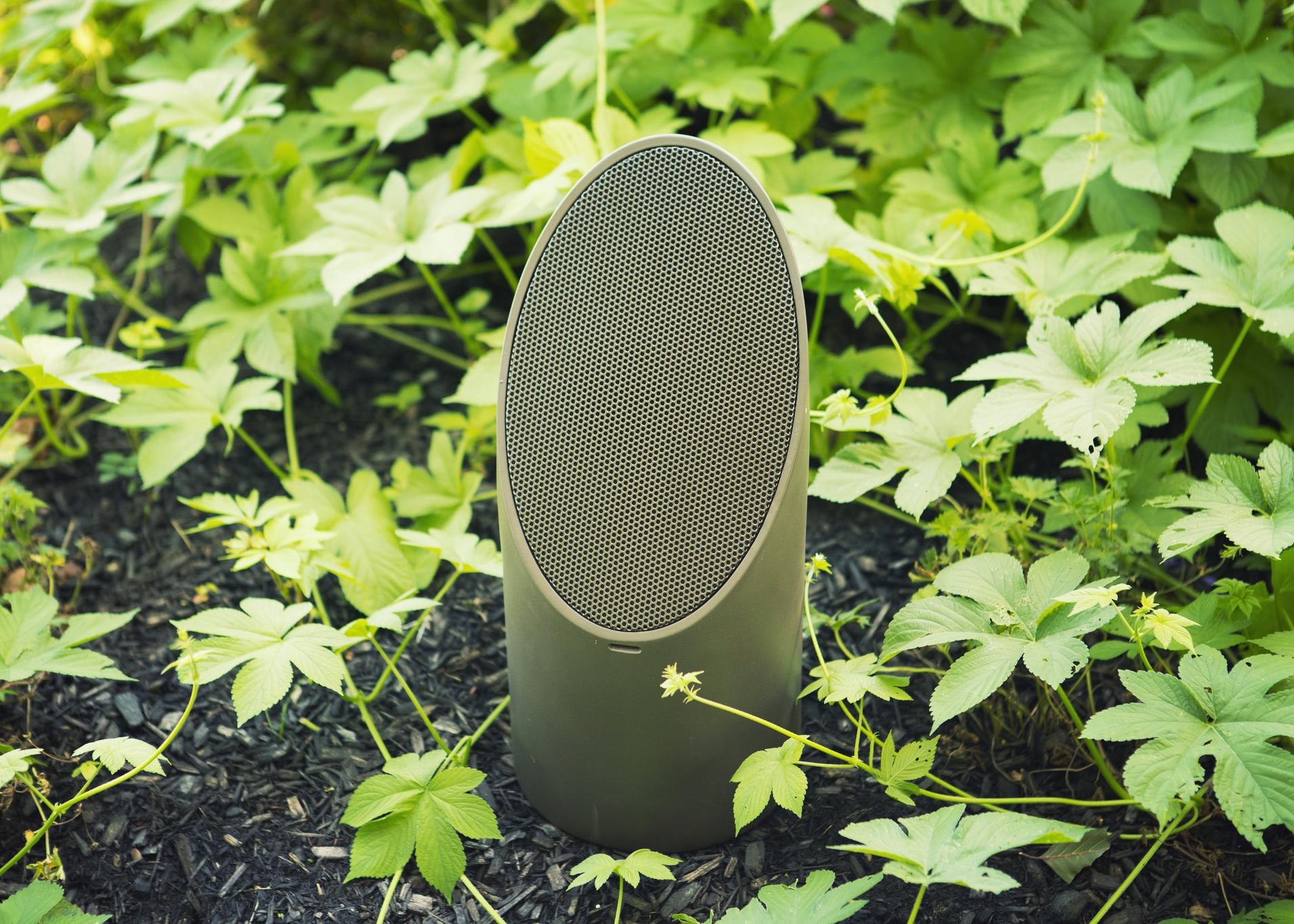 28551033180-coastal-source-mini-bollard-speaker.jpg