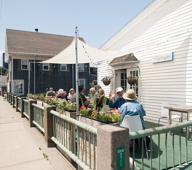 Sun's out, porch is open! #vinalhaven #maineeats #eatmaine #waterfrontrestaurant #porch #lunch #mainefood #summer #thewaylifeshouldbe #maine