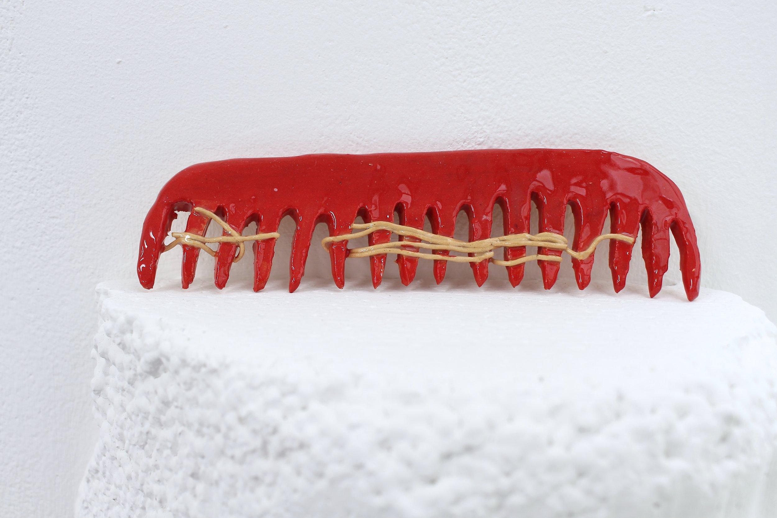 Red comb , glazed ceramic, 2018