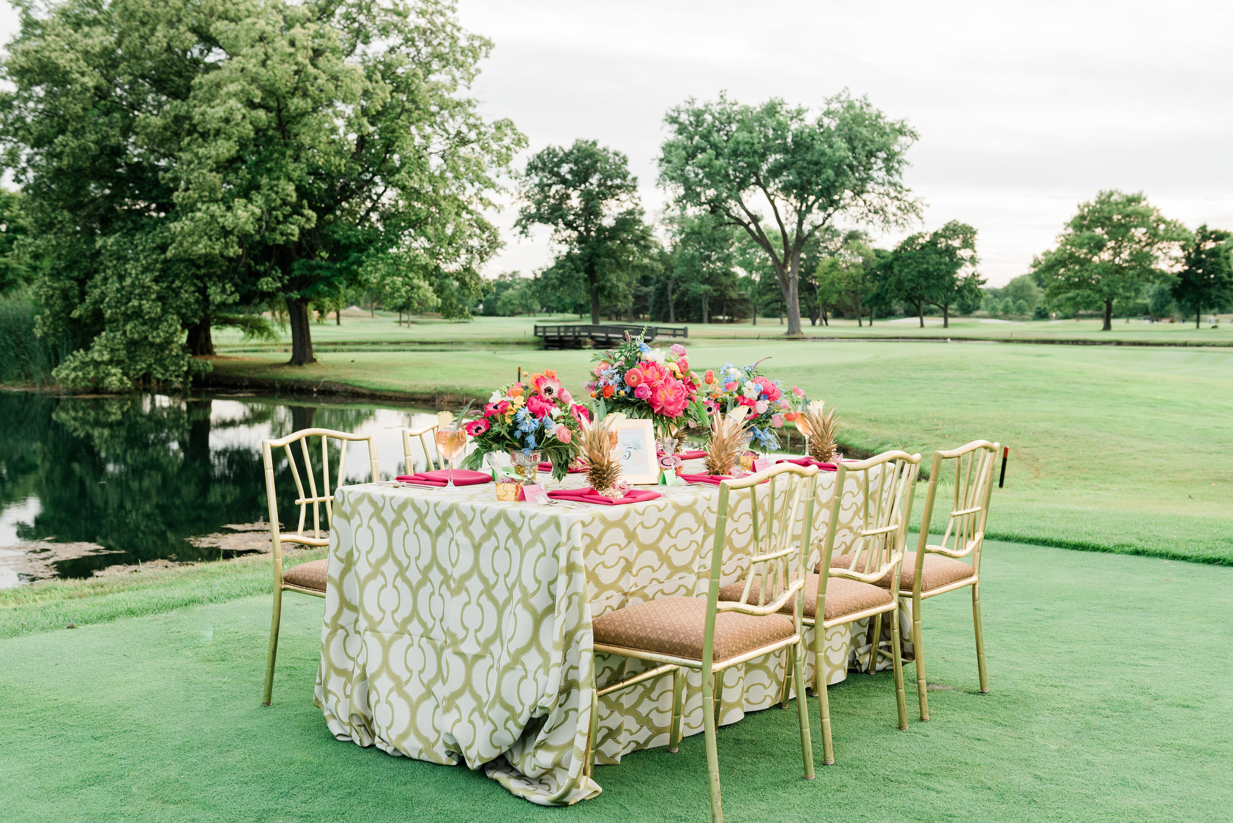 Pink Green and Gold Table Settings Chicago Wedding Anamaria Vieriu Photography