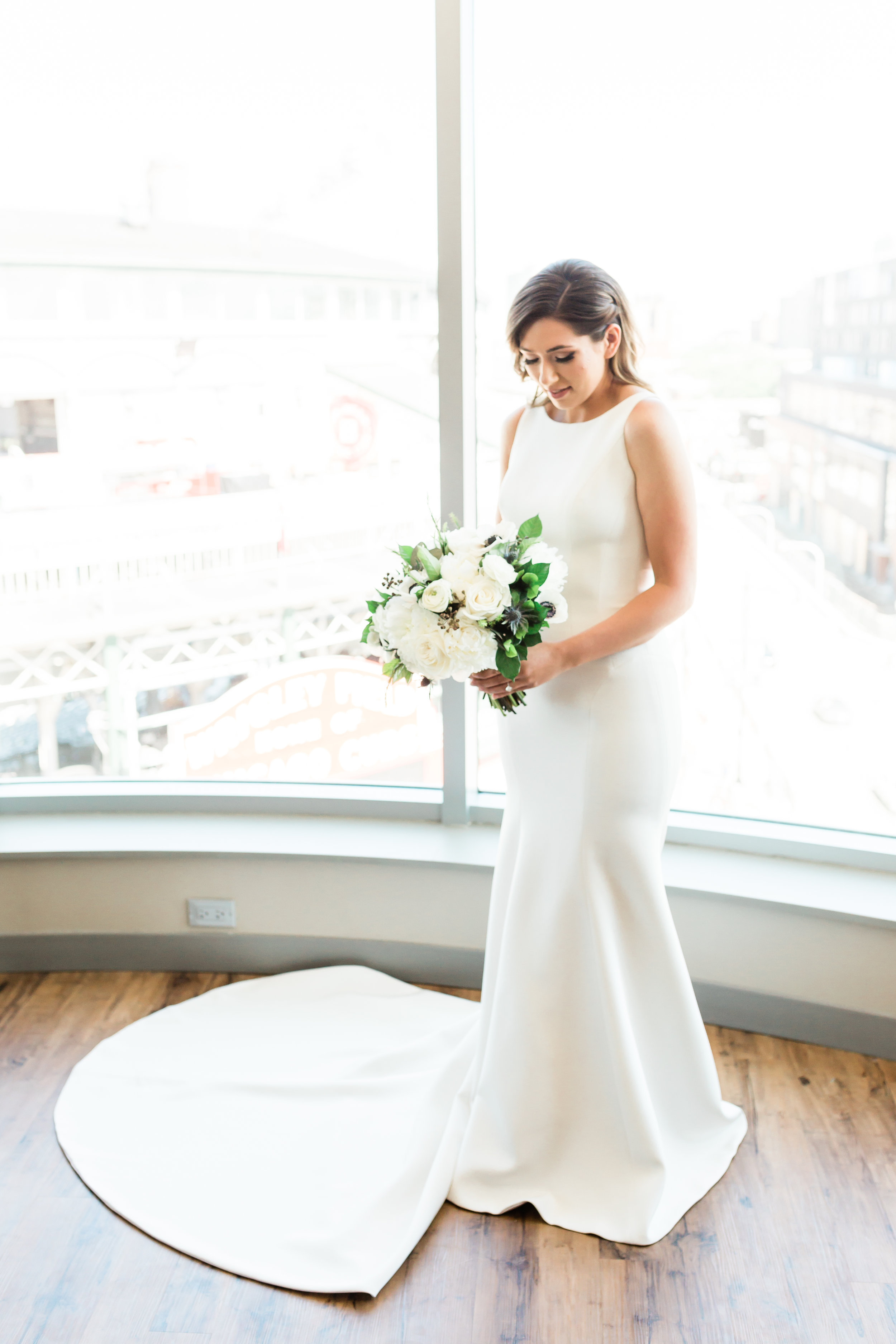 Elegant Bridal Gown Chicago Wedding Lindsey Taylor Photography