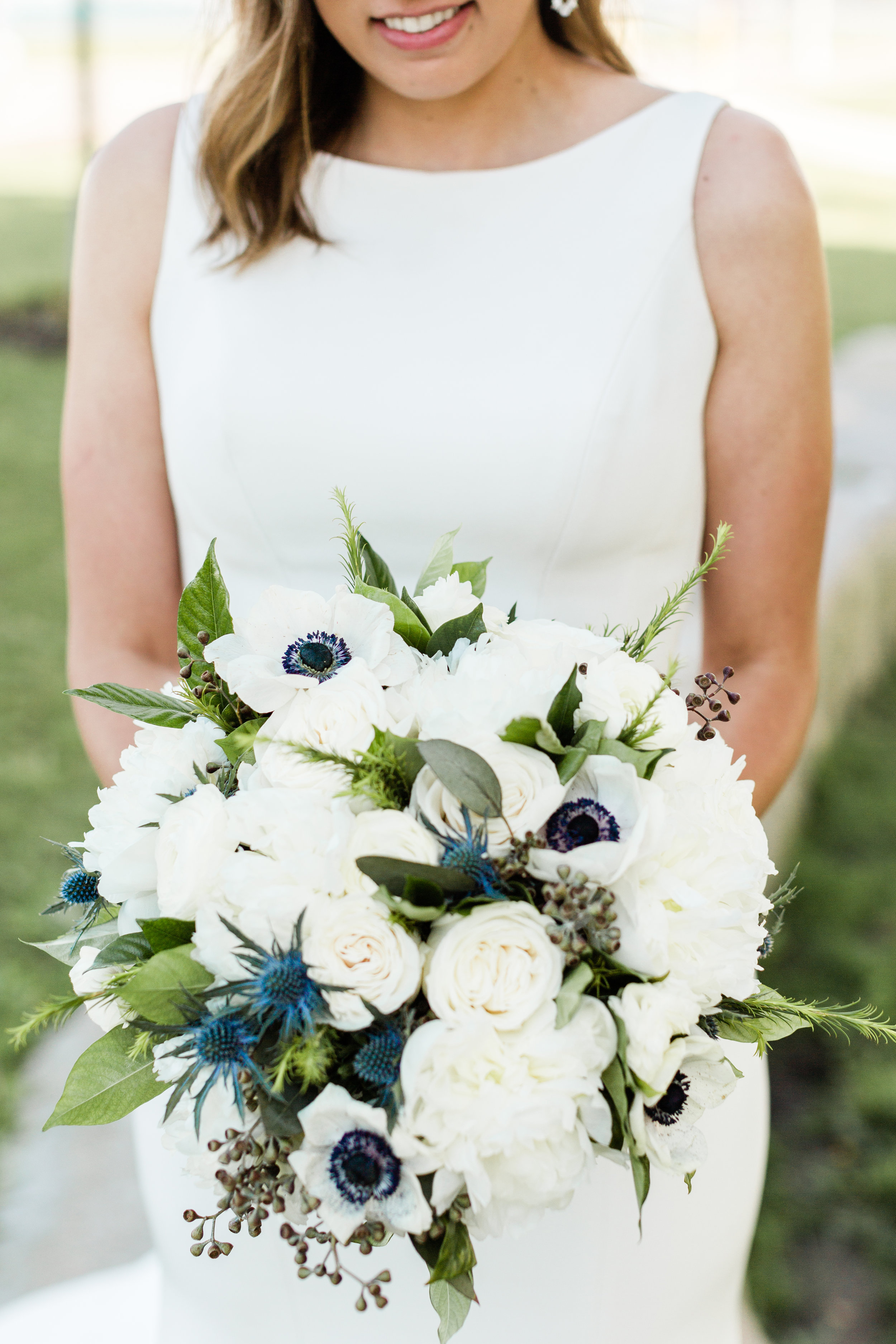 White Rose Bridal Bouquet Chicago Wedding Lindsey Taylor Photography
