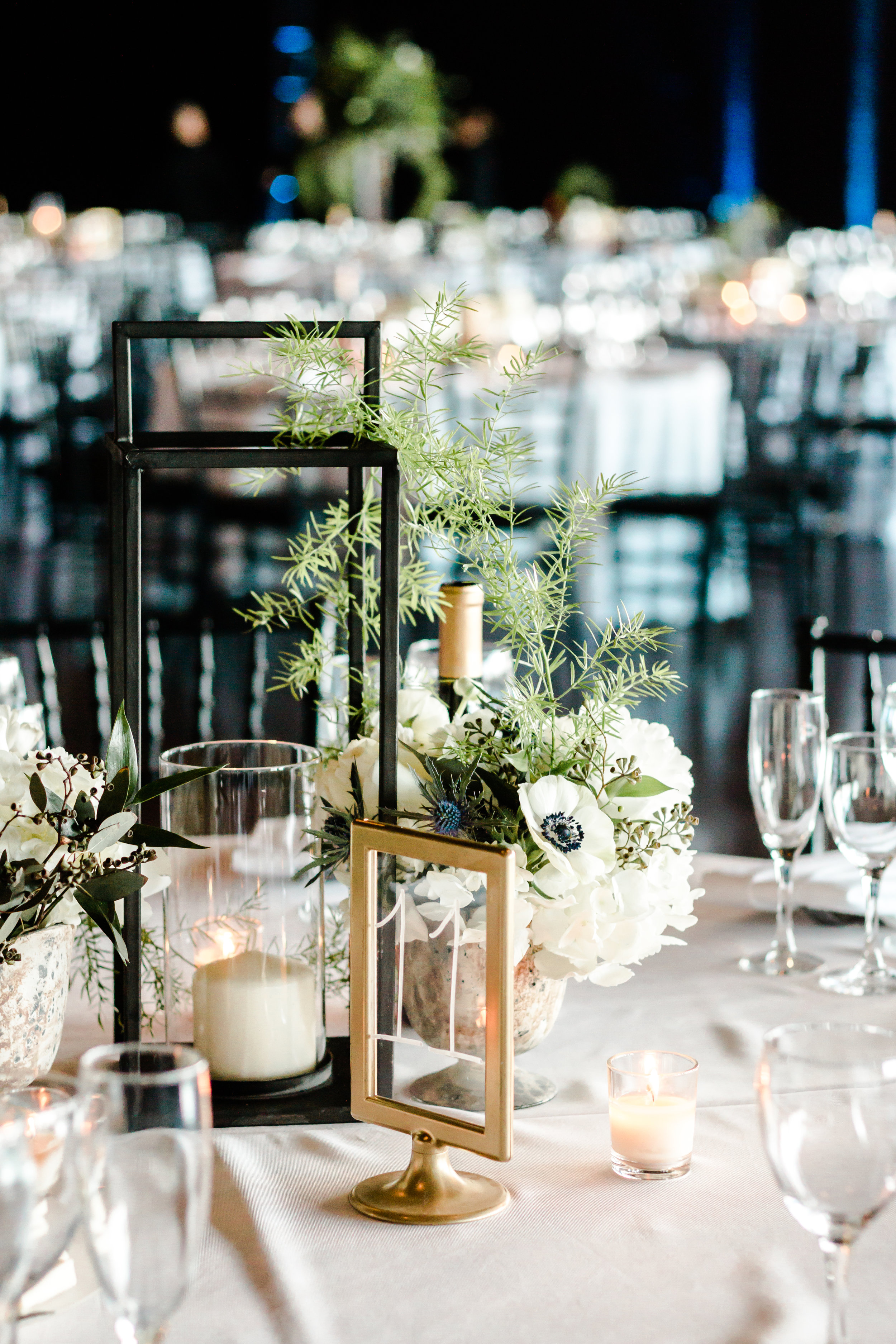 Floral and Elegant Wedding Center Pieces Chicago Wedding Lindsey Taylor Photography