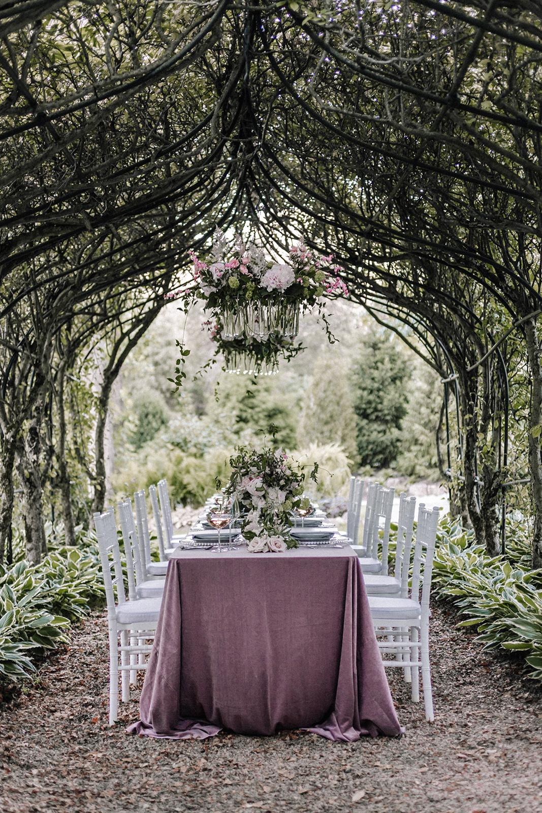 Pink Table Setting Chicago Wedding lisa kathan photography
