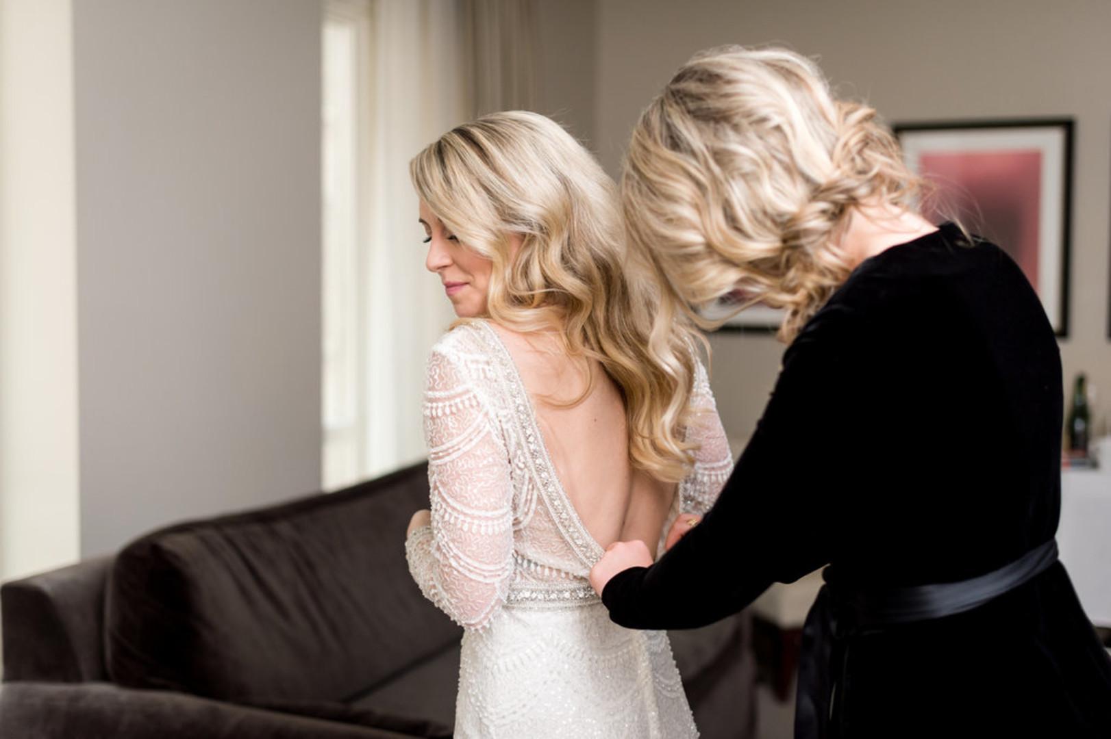 Low Back Long Sleeve Wedding Gown Chicago Wedding Julia Franzosa Photography
