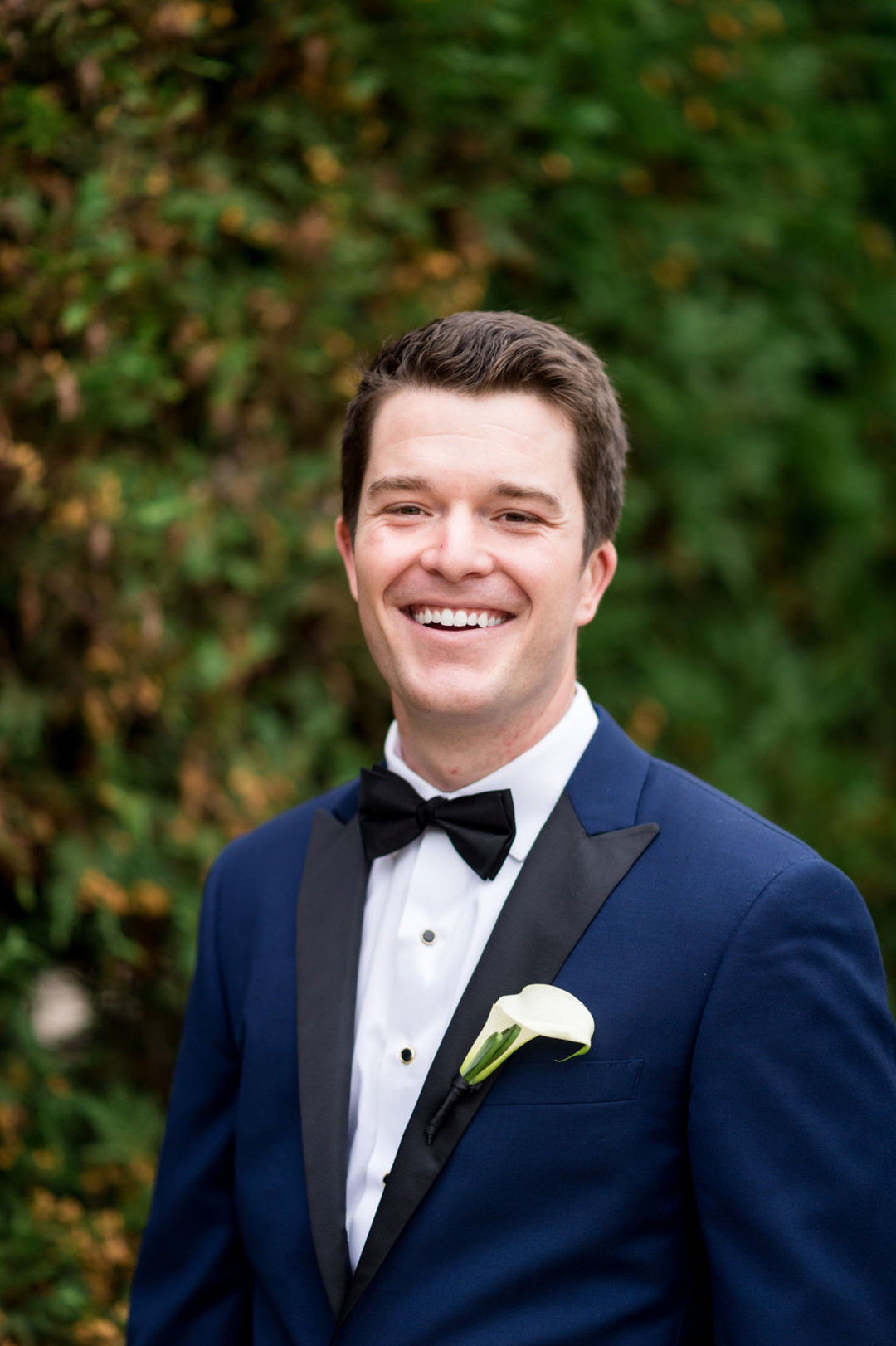 Navy and Black Groom's Suit Chicago Wedding Julia Franzosa Photography