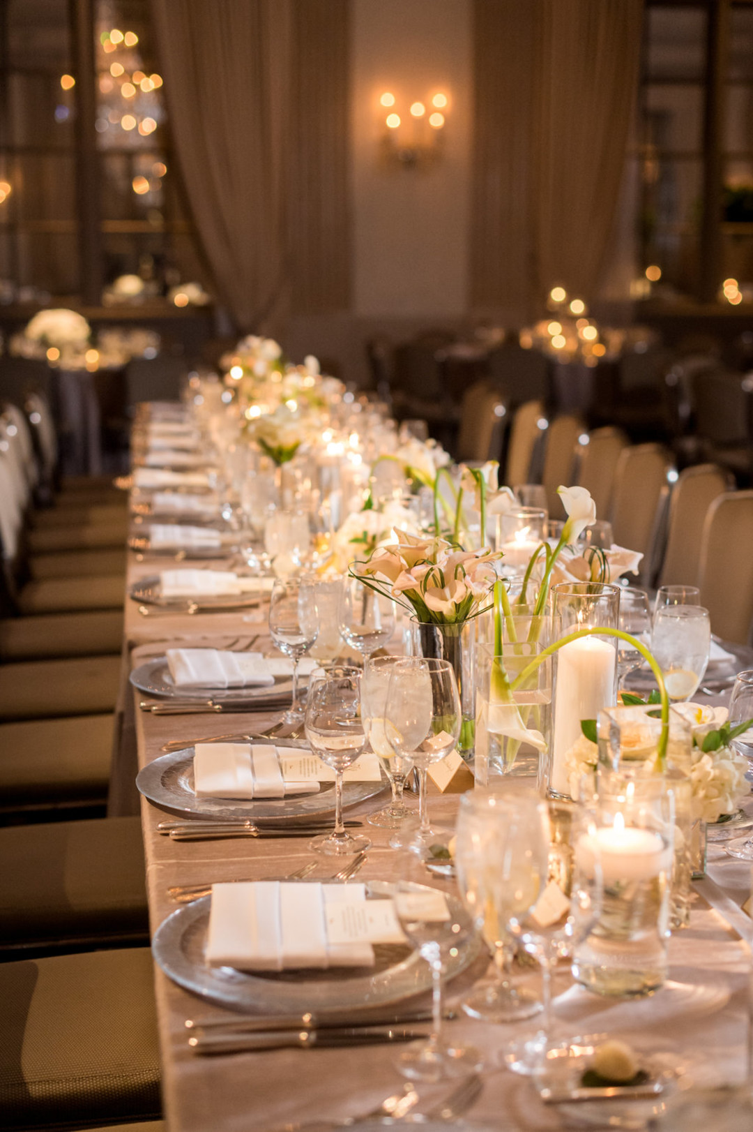 Elegant Table Setting The Standard Room Chicago Wedding Julia Franzosa Photography
