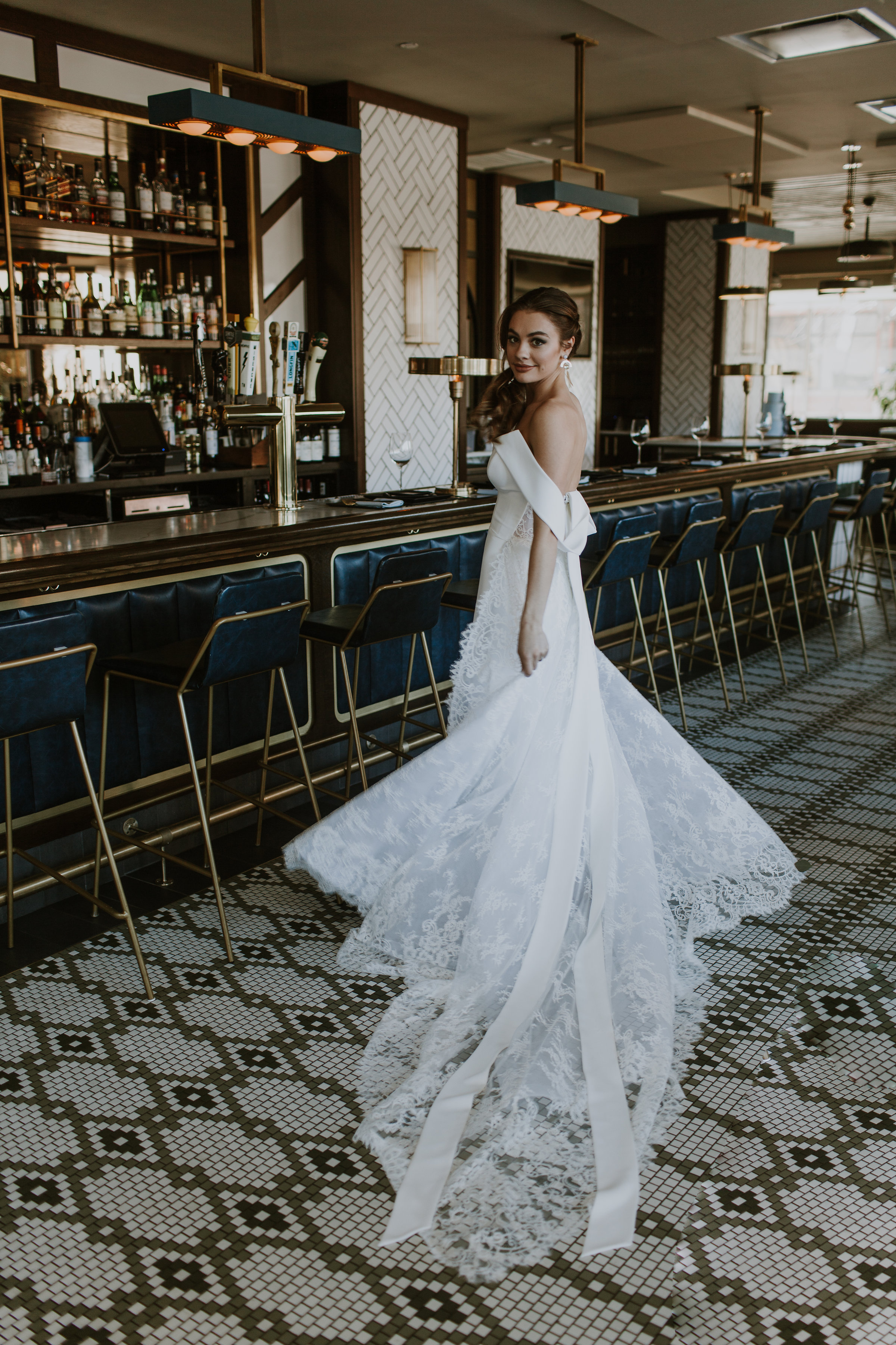 Bridal Portrait Chicago Rooftop Wedding Gabrielle Daylor Photography