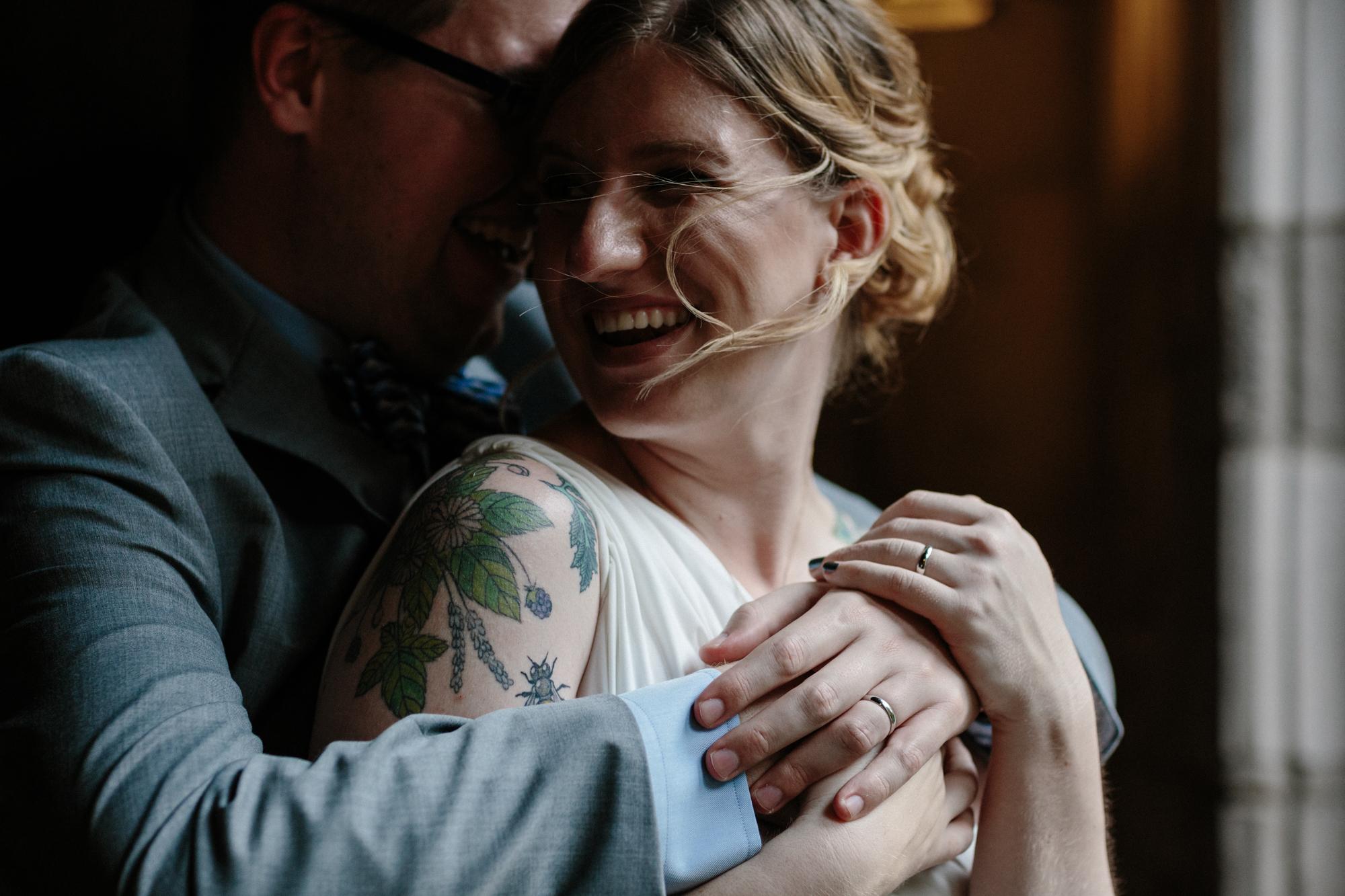 Bride and Groom Chicago Wedding lisa kathan photography
