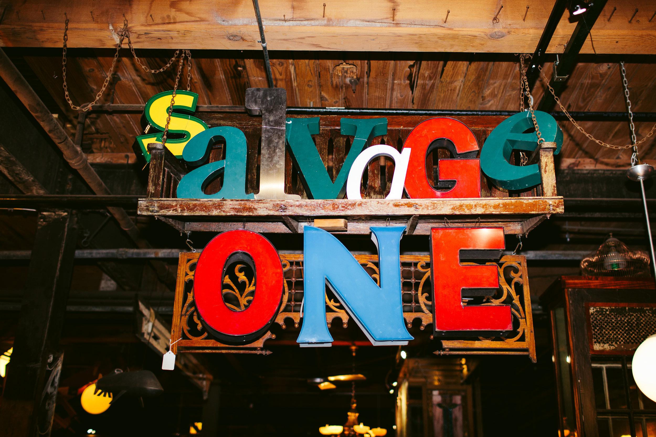 Salvage One Chicago Wedding Reception Nicodem Creative