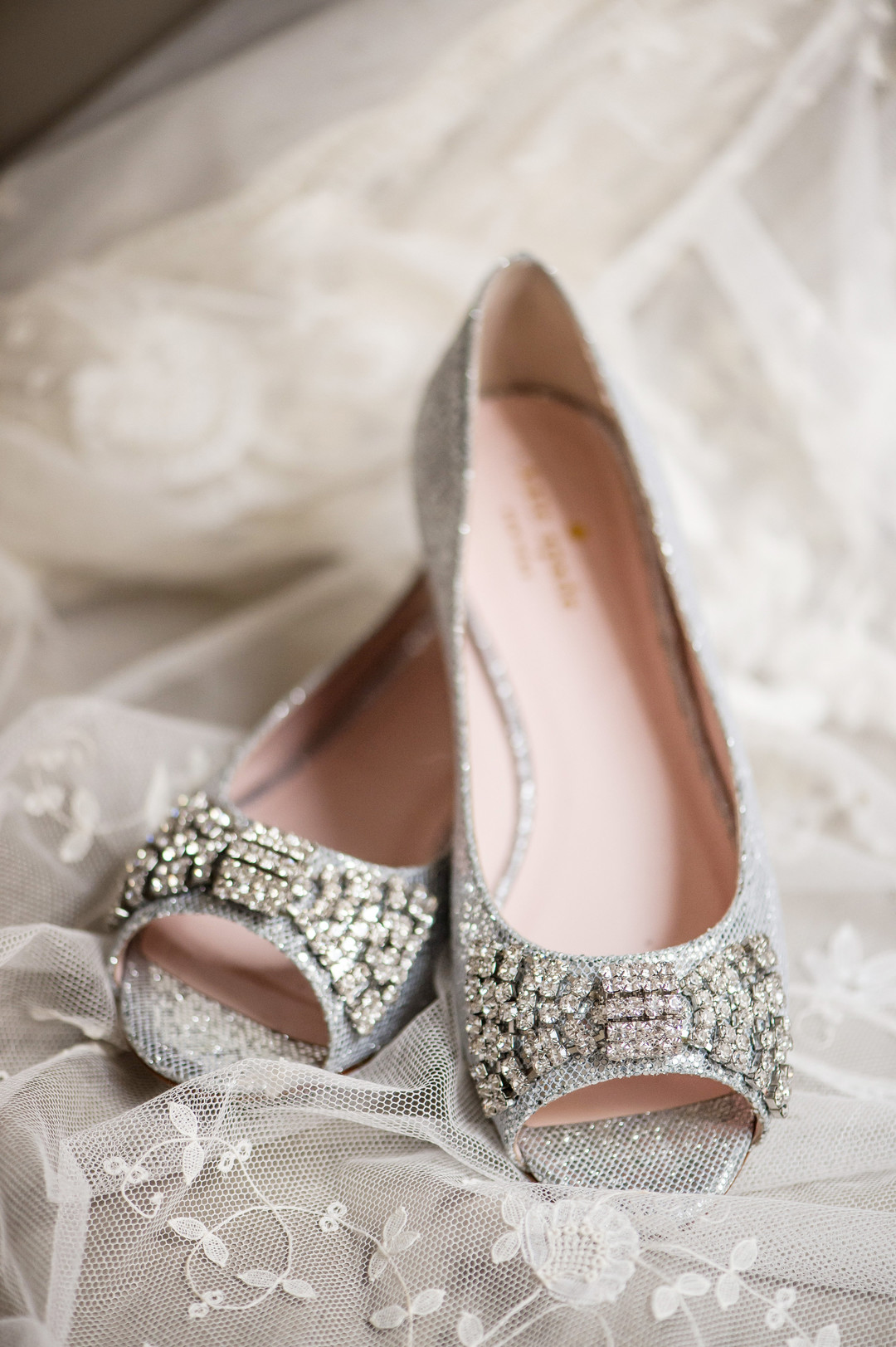 Sparkle Bridal Flats Chicago Wedding Julia Franzosa Photography