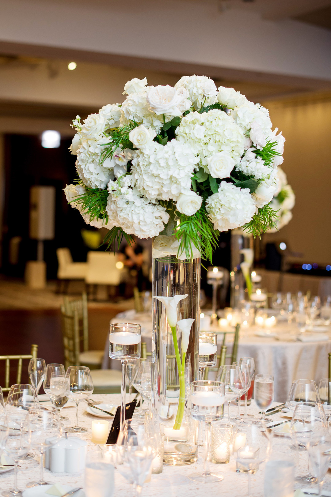 Floral Centerpiece Stems Chicago Wedding Julia Franzosa Photography