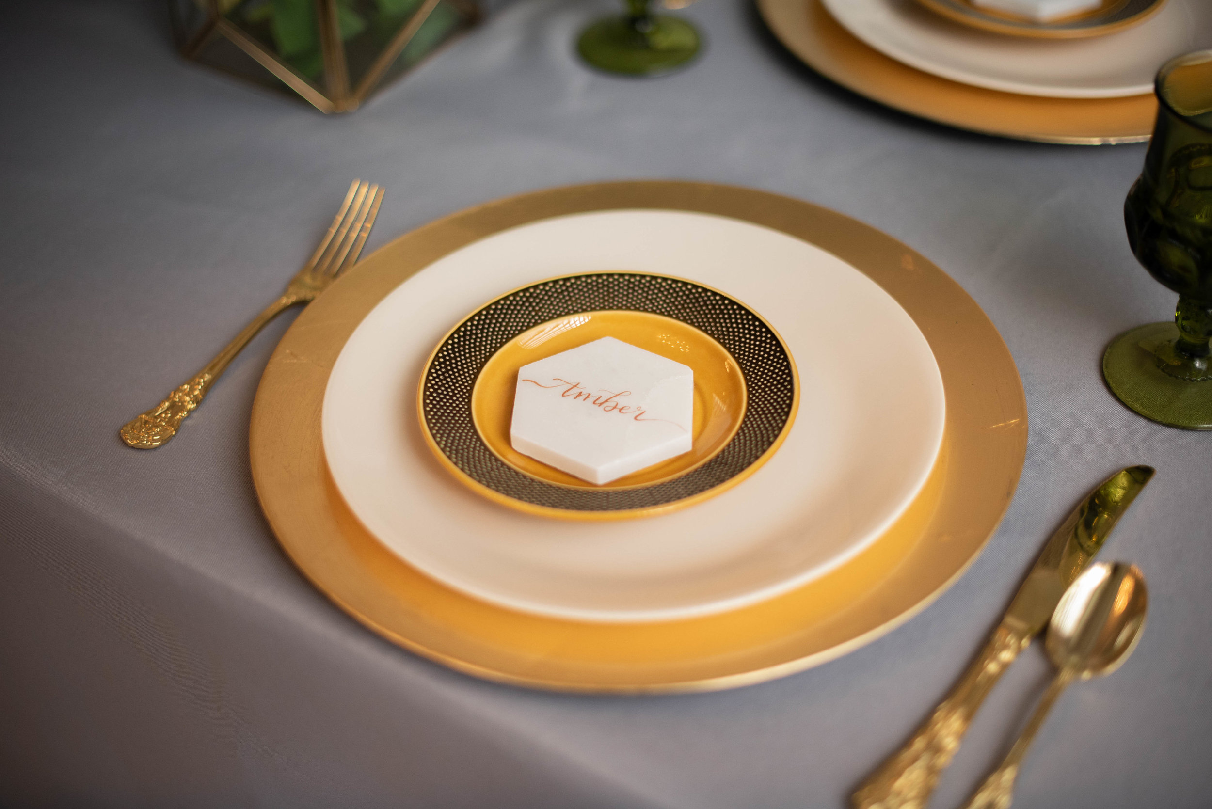 Mustard, Honey, & Hexagons Minimalistic Styled Shoot captured by Chante Burt Photography. Visit CHItheeWED.com for more wedding ideas!
