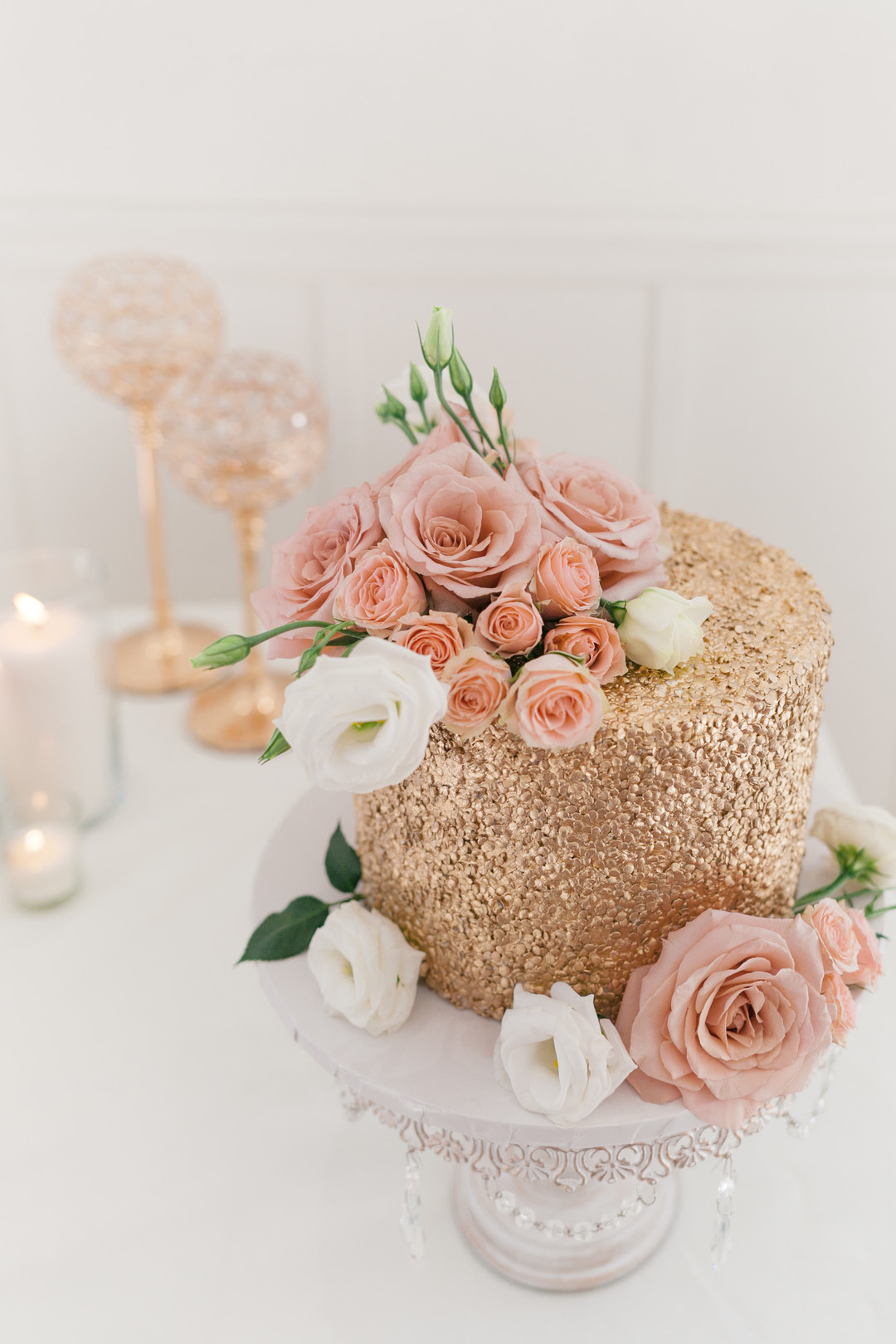 Rose and gold modern wedding styled shoot captured by Janet D Photography. See more wedding color ideas at CHItheeWED.com