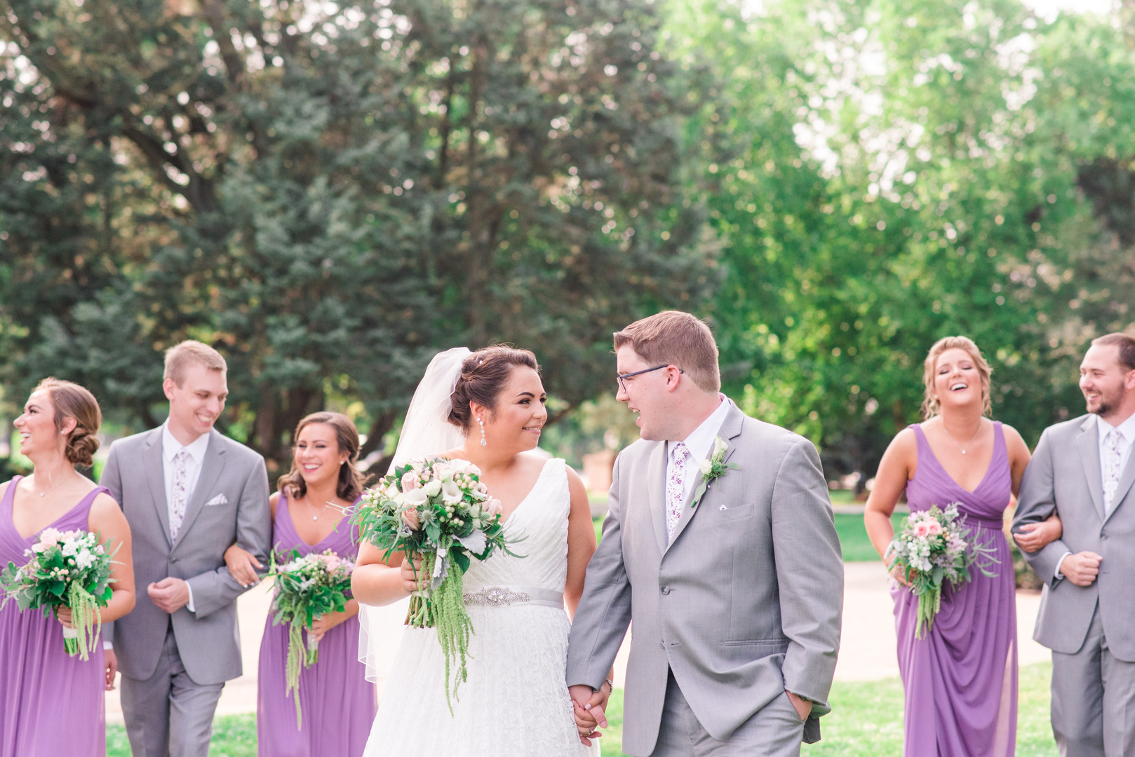 Summer mansion Chicago wedding captured by Mindy Leigh Photography. See more summer wedding ideas at CHItheeWED.com!