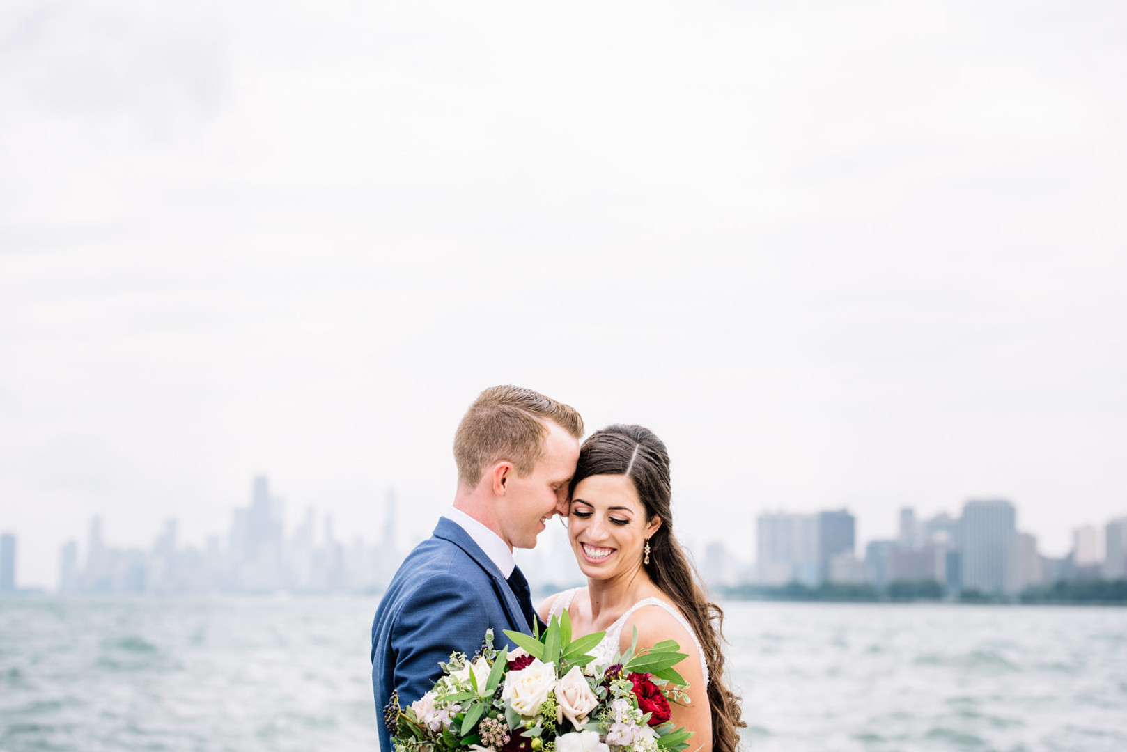 Modern industrial Chicago wedding planned by Alexa Kay Events and captured by Raegan Lintner Photography. See more modern wedding inspiration at CHItheeWED.com!
