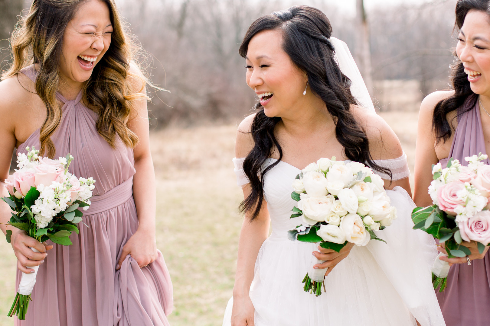 Candid wedding photos: Spring wedding inspiration captured by Nicole Morisco Photography. Find more spring wedding ideas at CHItheeWED.com!