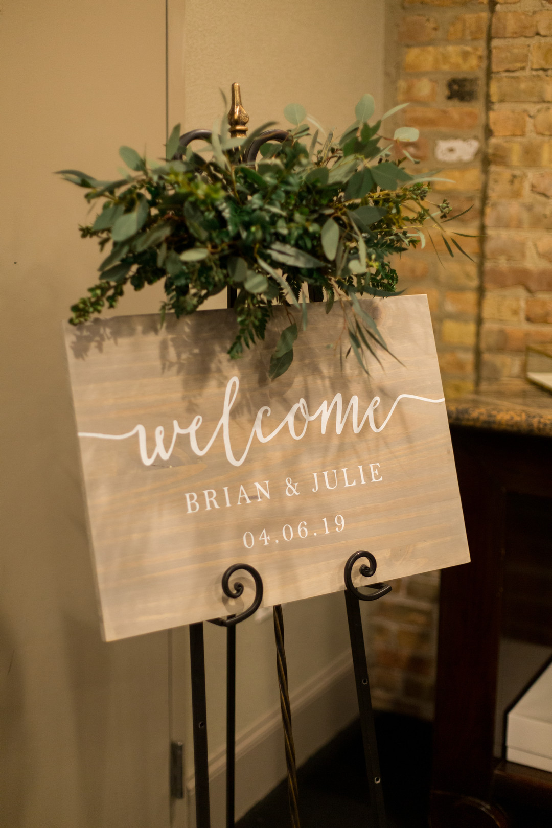 Wedding welcome sign: Spring wedding inspiration captured by Nicole Morisco Photography. Find more spring wedding ideas at CHItheeWED.com!