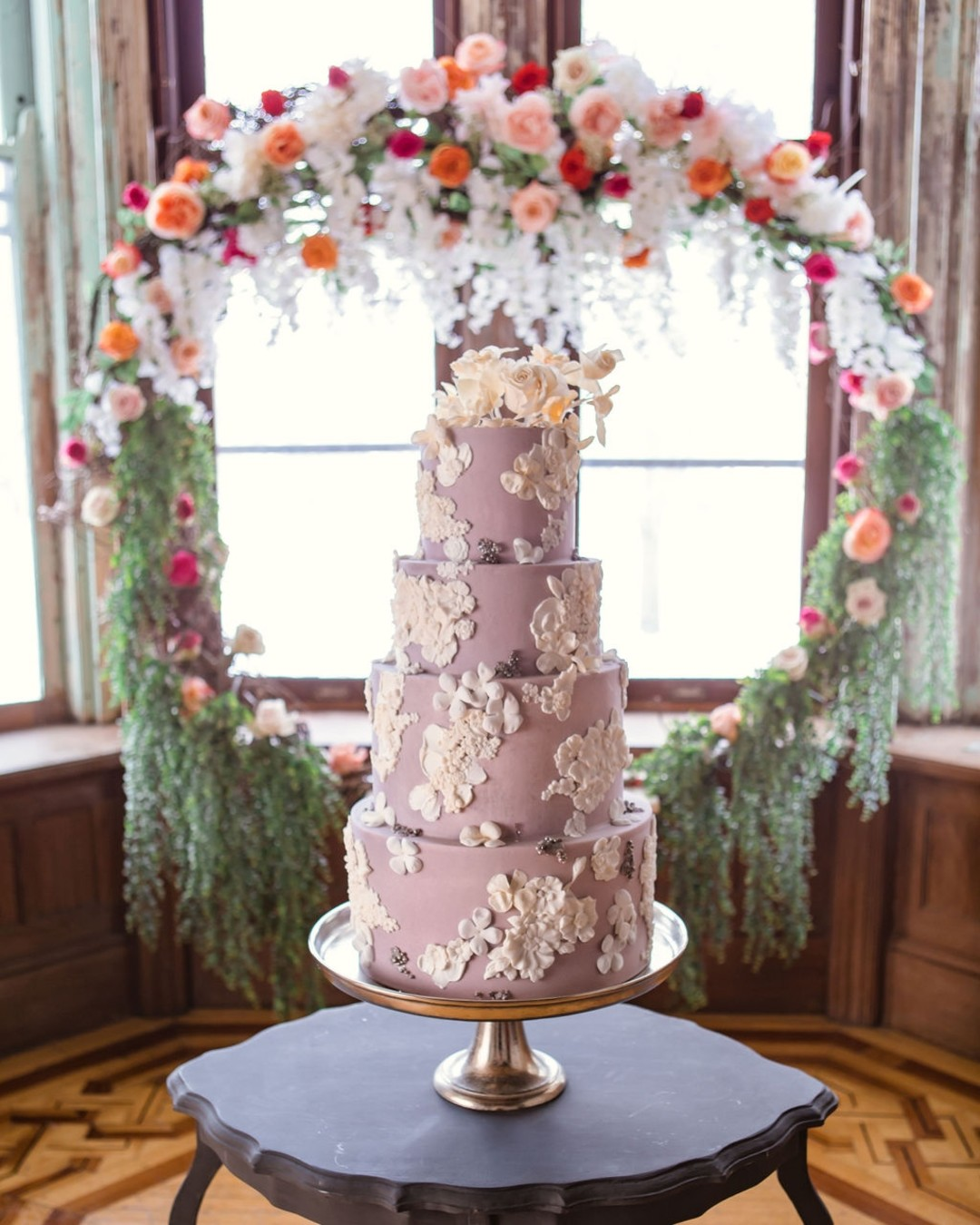 Floral wedding cake design: Bohemian wedding inspiration captured by Truly Sublime Photography. See more boho wedding ideas on CHItheeWED.com!