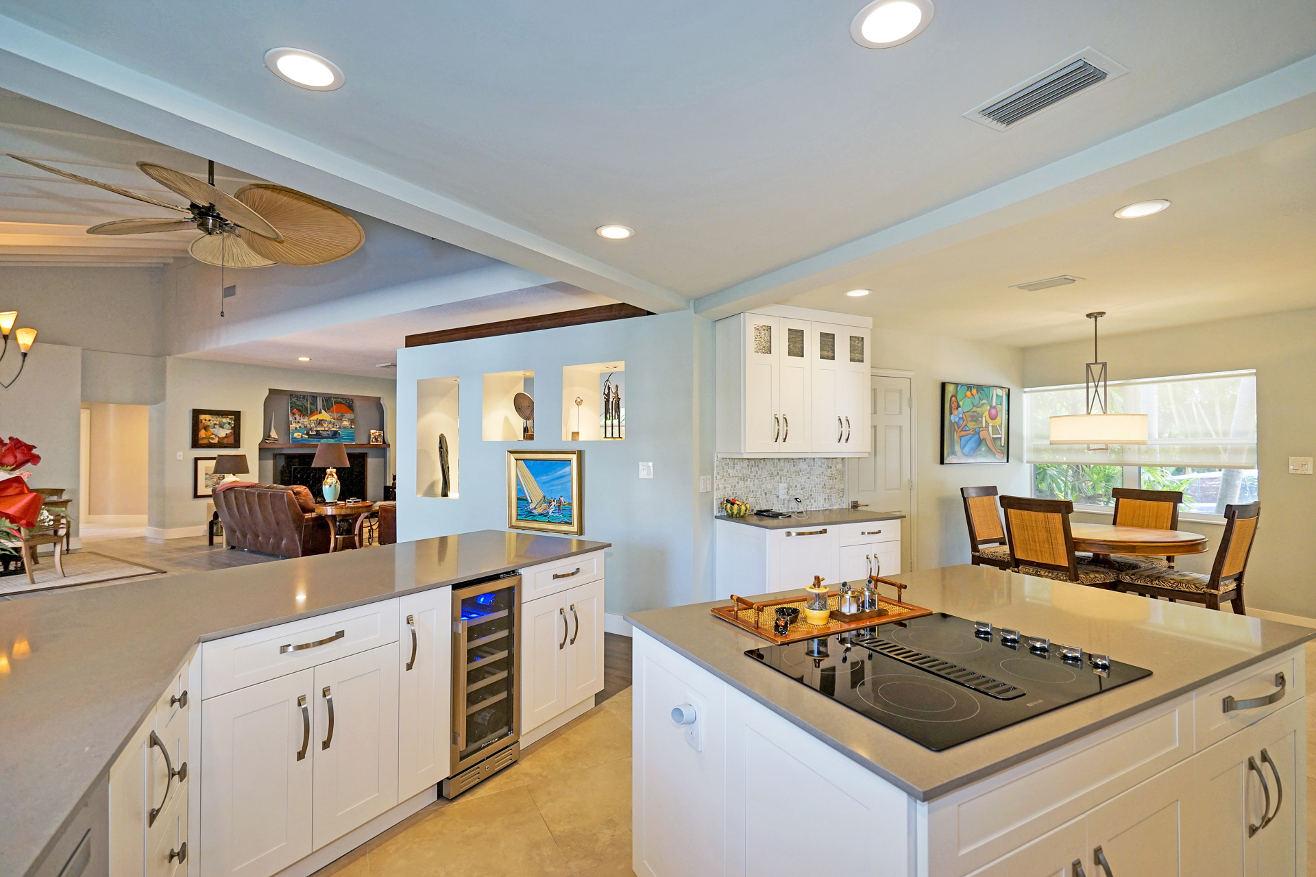 Kitchen island and peninsula.JPG