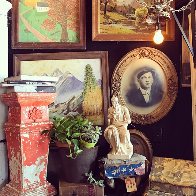 Recently, visiting friends in #minneapolis they took me to Hunt & Gather. If you haven't been, it's a TRIP! A sizable space, endlessly stacked, two stories deep. Coupled artifacts, likely arbitrarily arranged, could easily be seen as complete vignettes. @huntandgathermpls . #foundstyle #obscure #vintage #vintagefinds #antiques #home #homedecor #collector #homedesignideas #interiordesign #interiordesigner #decor #architecturaldetail #colortheory #stylishhome #statues #portraitphotography #posters #taxidermy #religiousrelics #architecturalsalvage #odetoabode