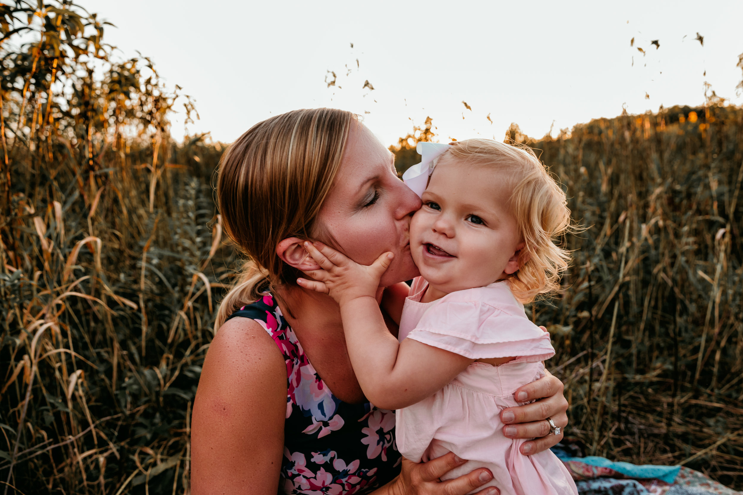 austin-minnesota-mother's-day-gift-mommy-and-me-photo-session