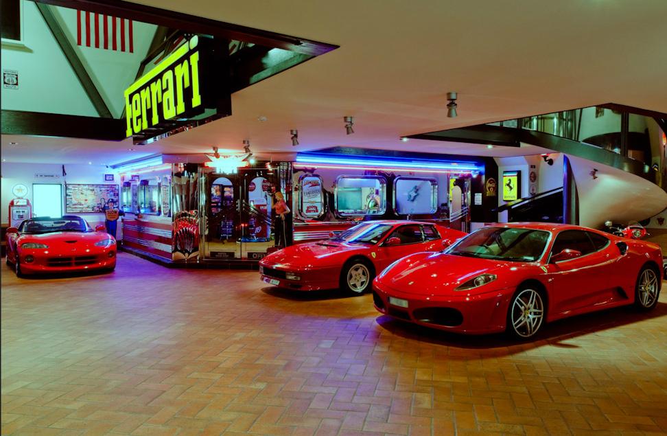 Ferrari 1.jpg