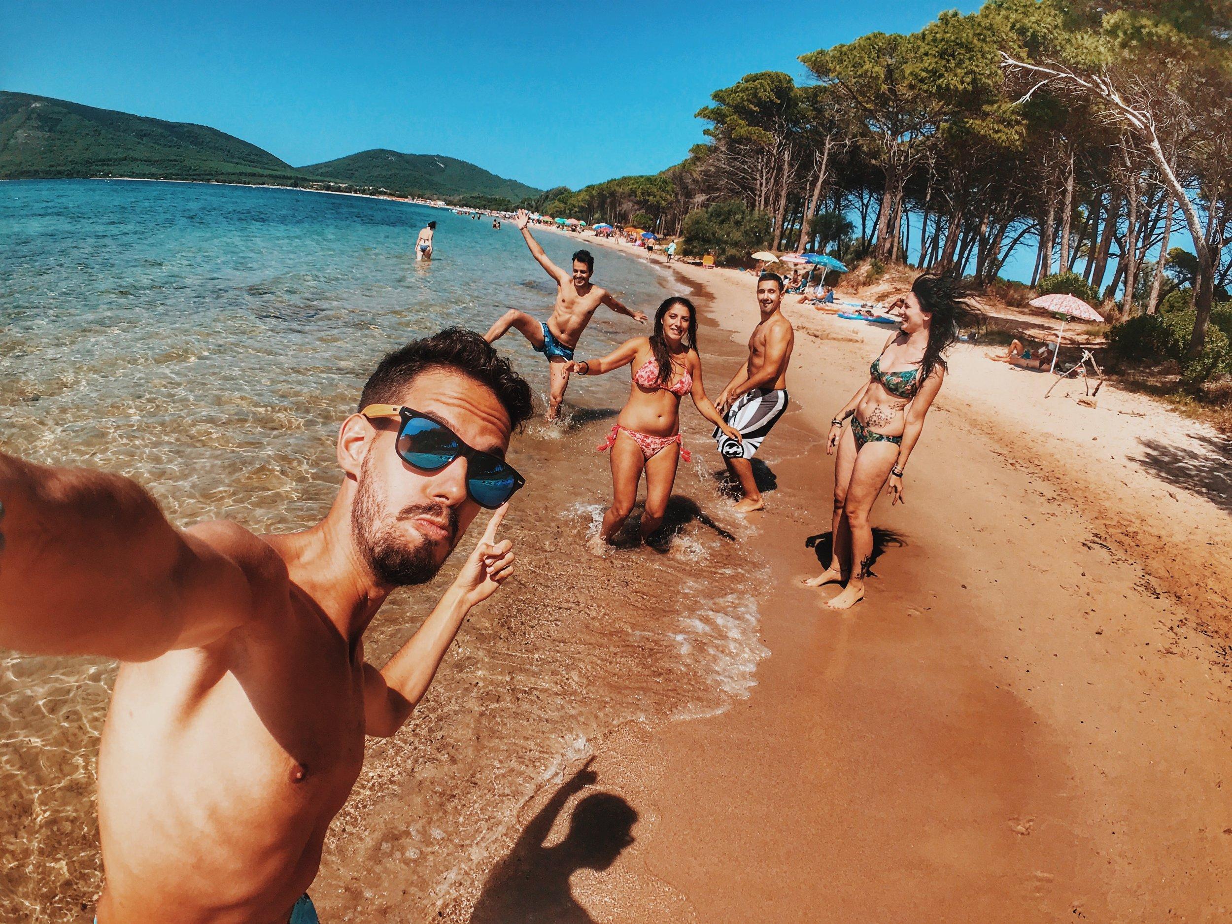 beach-bikini-enjoyment-1427741.jpg