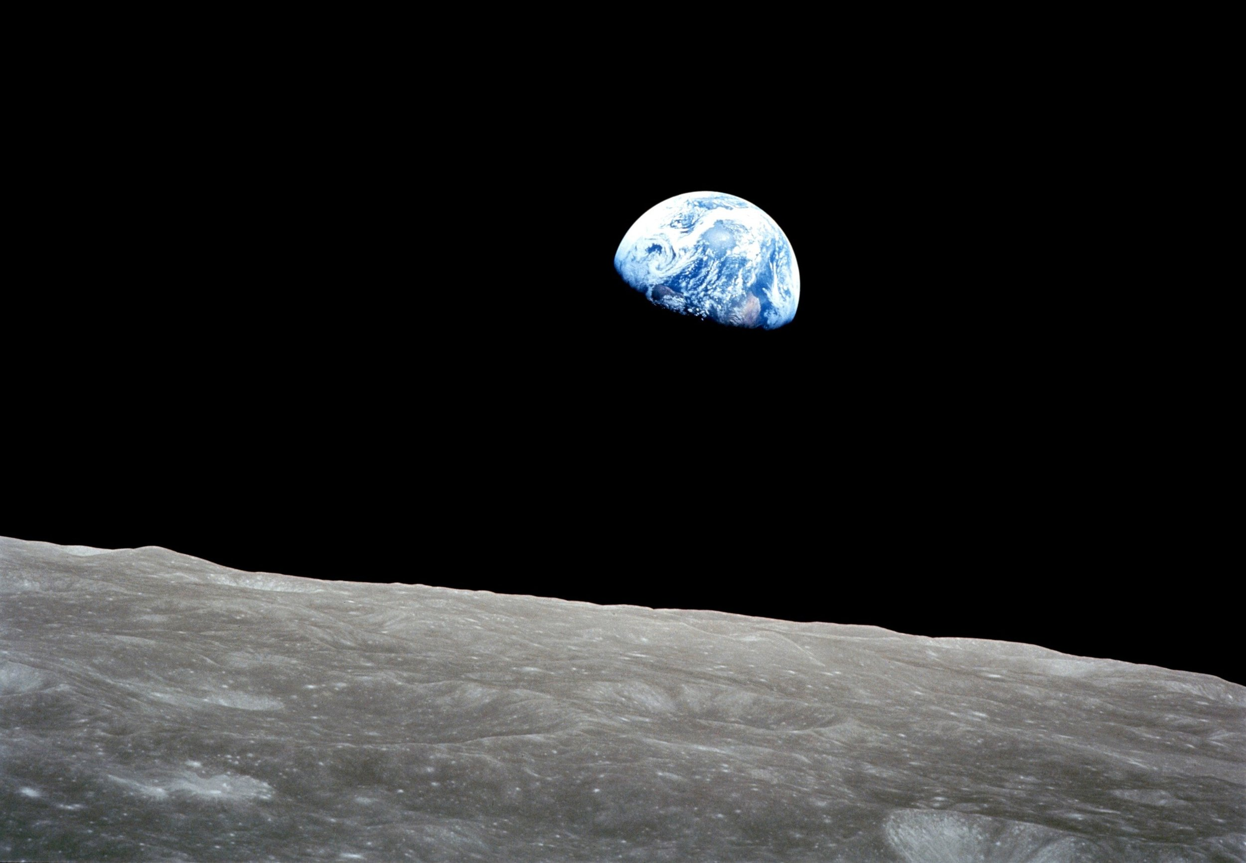 Earth-from-moon.jpg
