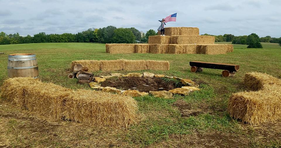 meuschke farms straw bale pyramid - Copy.jpg