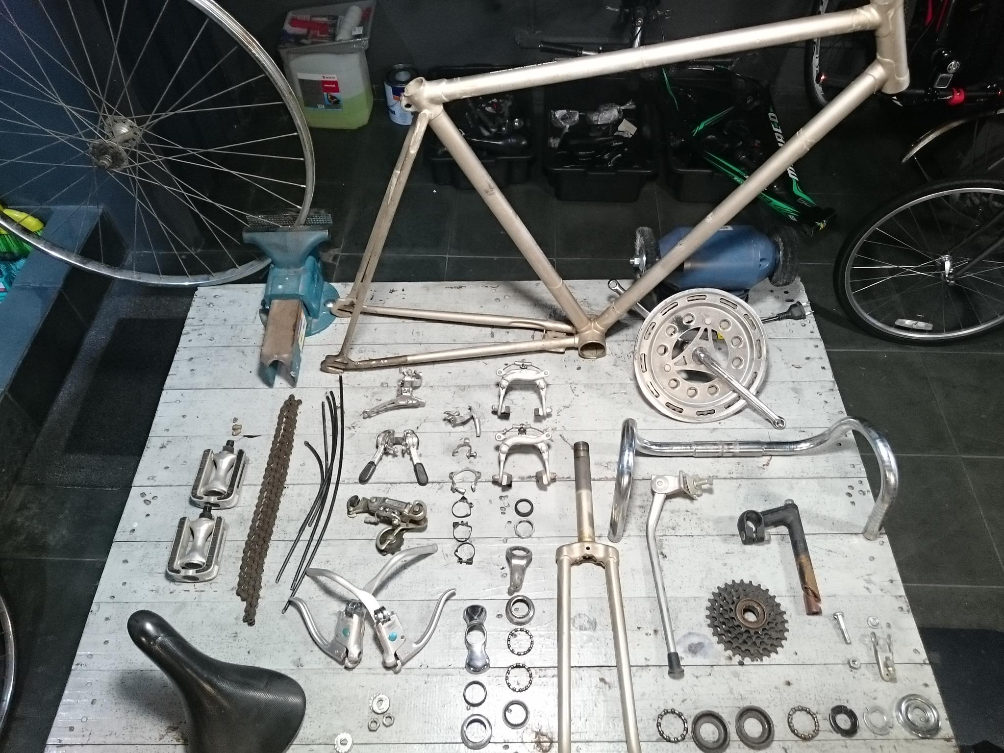 desmontamos sua bicicleta completamente