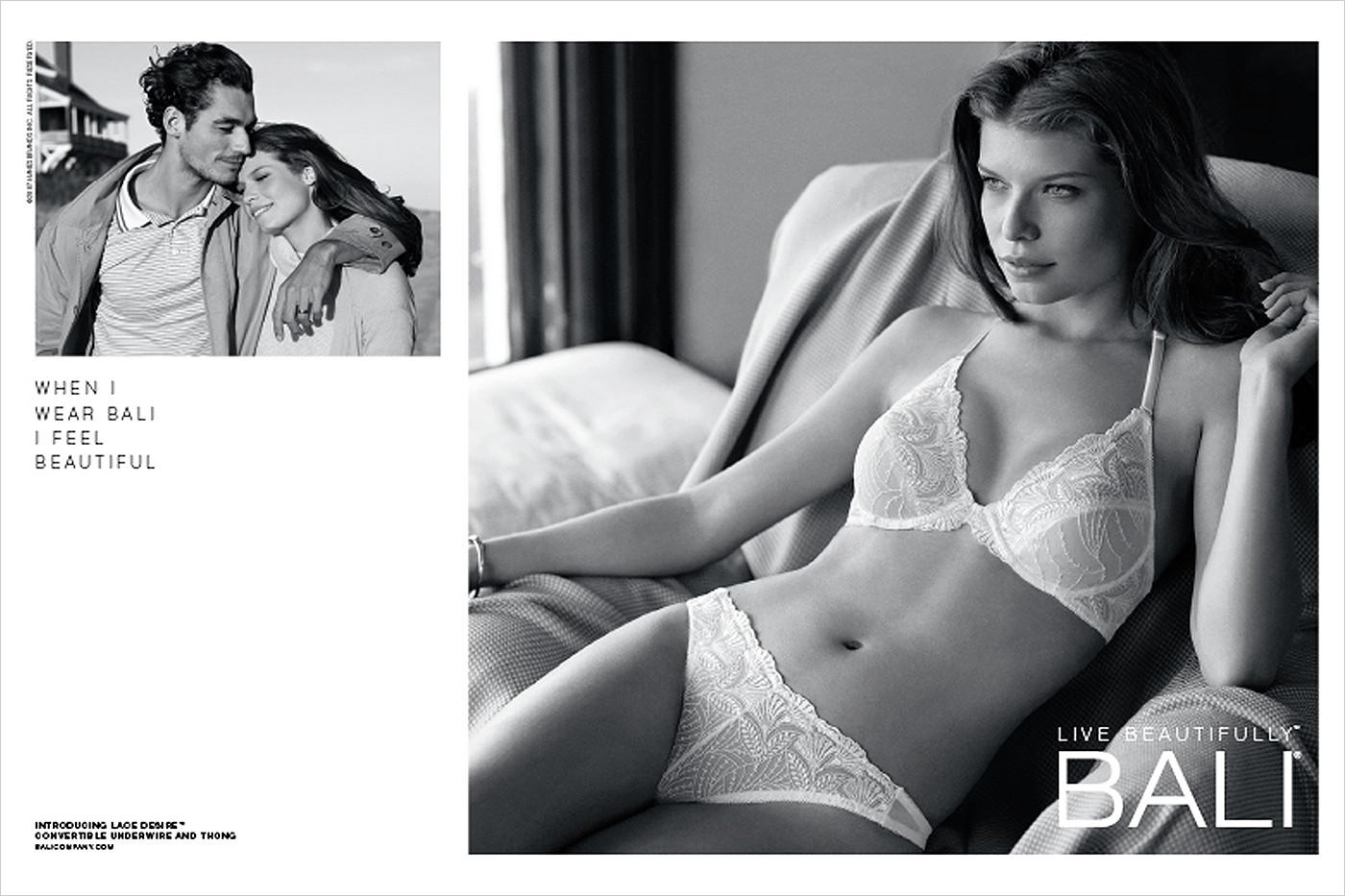Bali-Concealers-White-jacket-with-boyfriend-Print-3000x2000.jpg