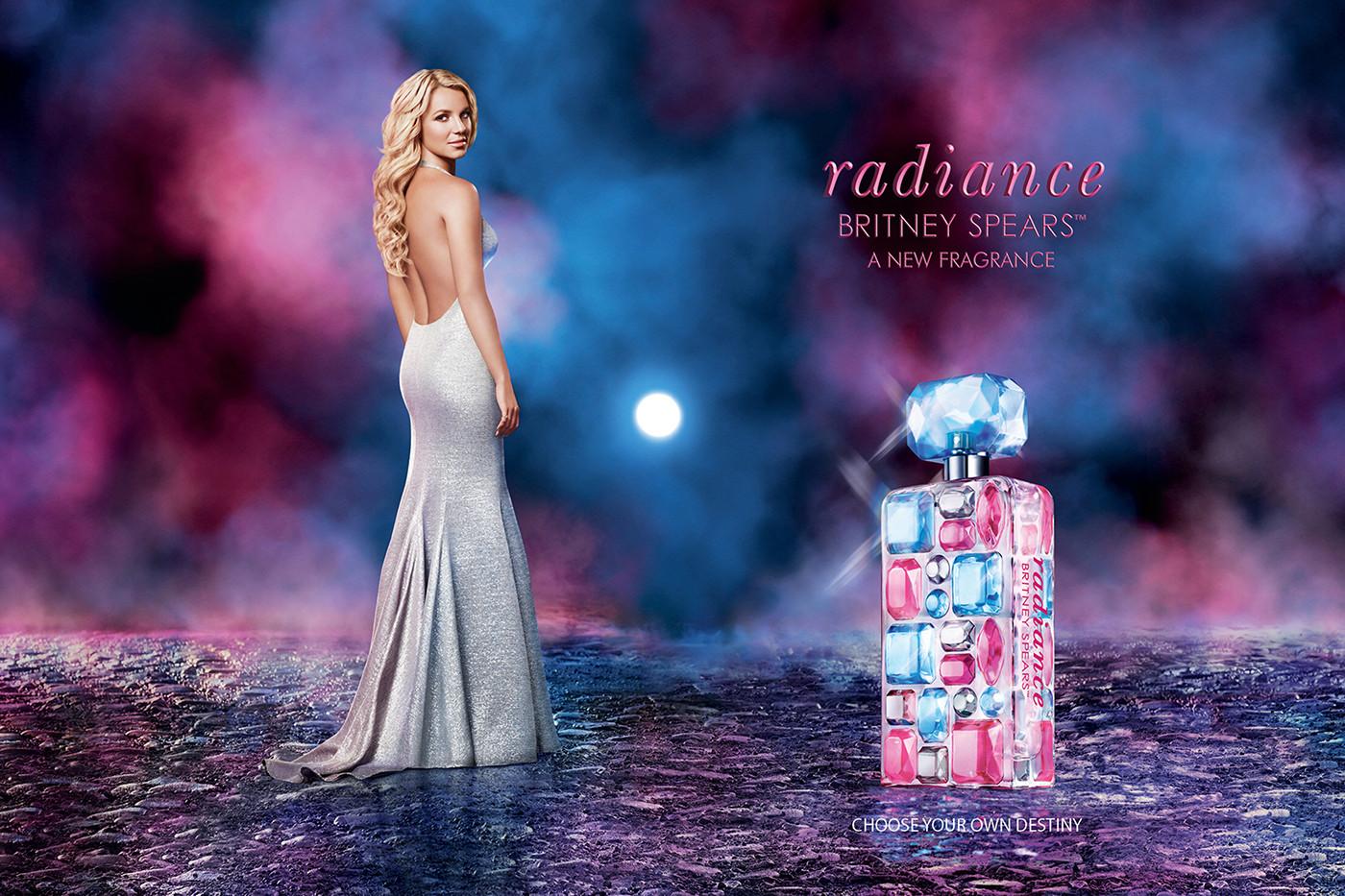 Britney-Spears-Radiance-Print-3000x2000.jpg