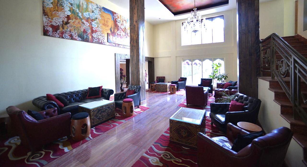 Hotel Druk Lobby-TNB12.jpg