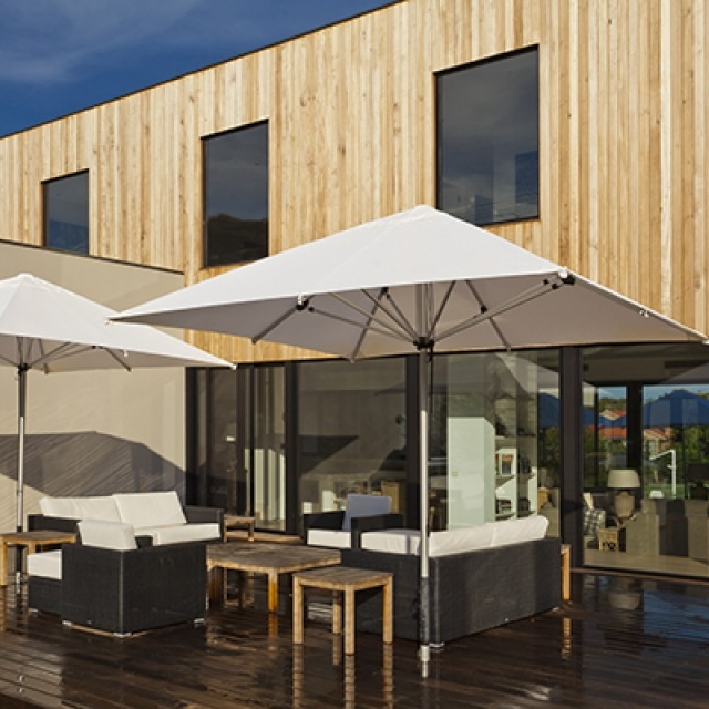 Canopy - -High quality Canvas.-Water-repellent and UV-resistant canopies.-Standard colours Natural, Tan & Black (NeoFab polyester canvas)-Other colours available to order (Acrylic Canvas)-4 Year commercial Warranty against fading for Polyester fabric or 5 Year commercial Warranty against fading for Acrylic Canvas.