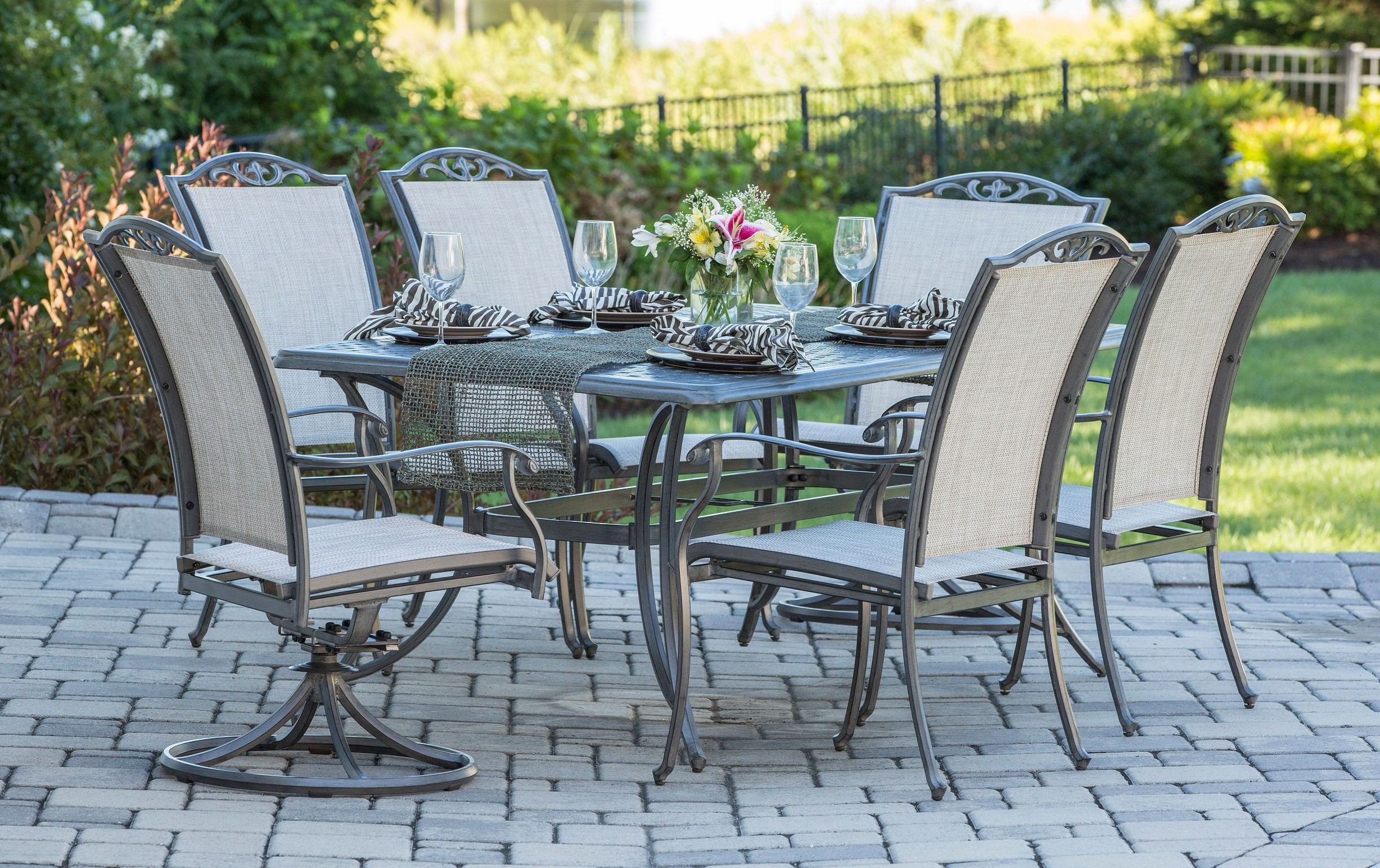 Melbourne Sling Outdoor dining setting.jpg