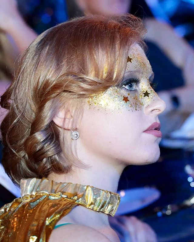 I am so in love with this shot of the stunning Emma @emma_dilemma03 at the Aurora Ball a couple of weeks back.  I love being able to help people achieve their golden glitter dreams! ✨✨✨ #glitter #goldglitter #glittermakeup #sparkle #auroraball  #makeup #makeupartist #mua #cosmetics #beauty #glam #glamour #artist #promakeup #makeupguru #makeupaddict #makeuponpoint #makeuponfleek #makeuplife