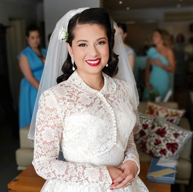 Had the best day doing hair & makeup for the stunning Roshana and her bridal party! Teaming up with @sealegs_makeup we had many laughs and chats while getting everyone ready. Roshana was such a chilled bride and we loved creating individual looks for her lovely bridesmaids 💙💙💙 #wedding #bride #bridal #vintagebride #pinupbride #vintagewedding #pinupwedding #pinup #vintage #makeup #makeupartist #hmua #pinuphair #vintagehair #hairstylist #hair #hairgoals #promakeup #makeupguru #makeupaddict #makeuponpoint #makeuponfleek #sydney #Australia #mualife #makeuplife
