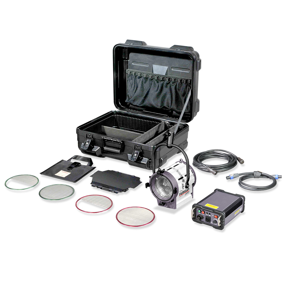 1000x1000-Sub-ProductPage-200W-Daylight-Fresnel-Kit.jpg