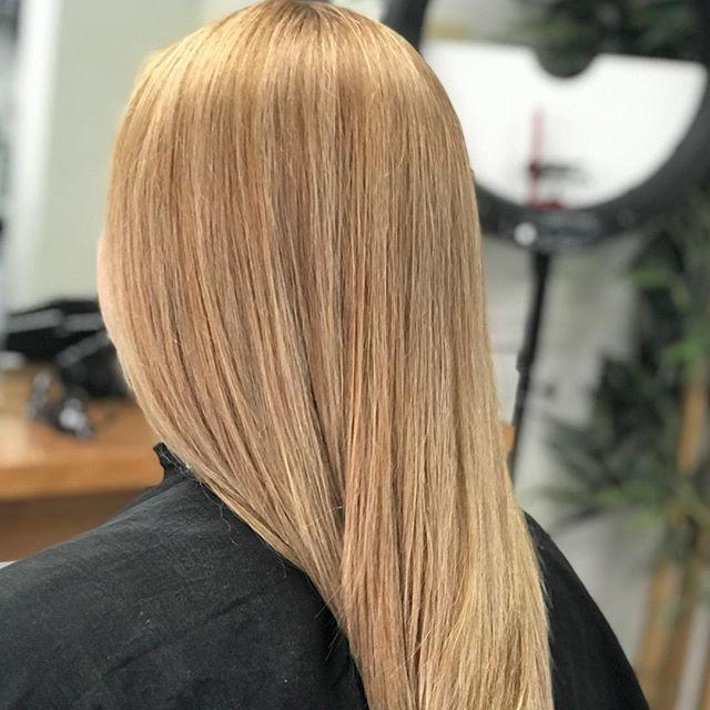 Peachy keen 🍑☝️ #peachy #peachhair #keenas #hairofinstagram #hairofinsta #instahair #hairinspo #instacolour #kickinggoals #haircolourist #hairdresser #hairgoals😍 #haircolour #keunecolour #peachykeen @keuneanz @keunehaircosmetics