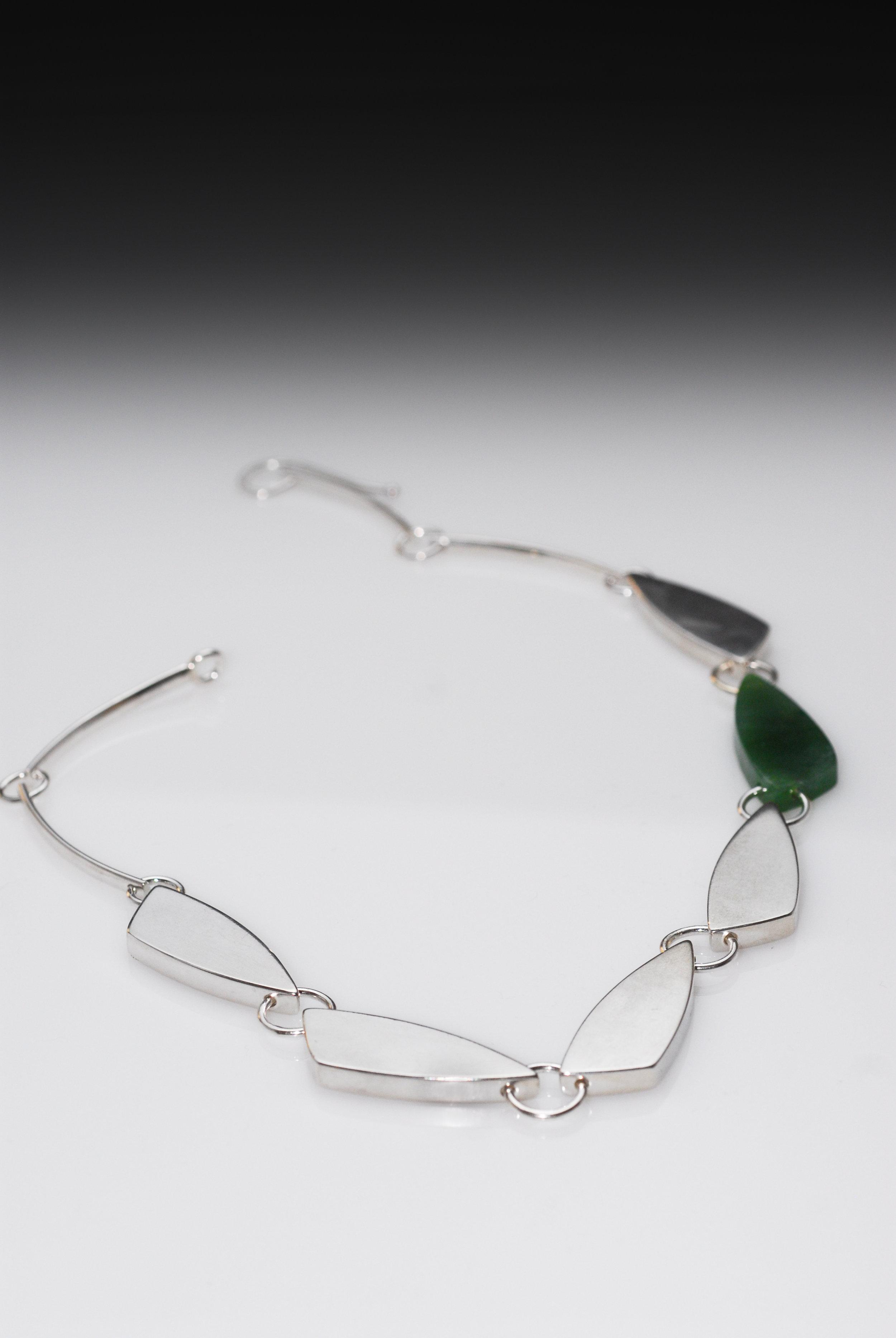 Small Tri Necklace