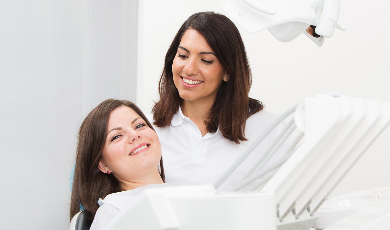 Hos Ytre Enebakk tannklinikk forebygger vi problemer med tenner og tannkjøtt.