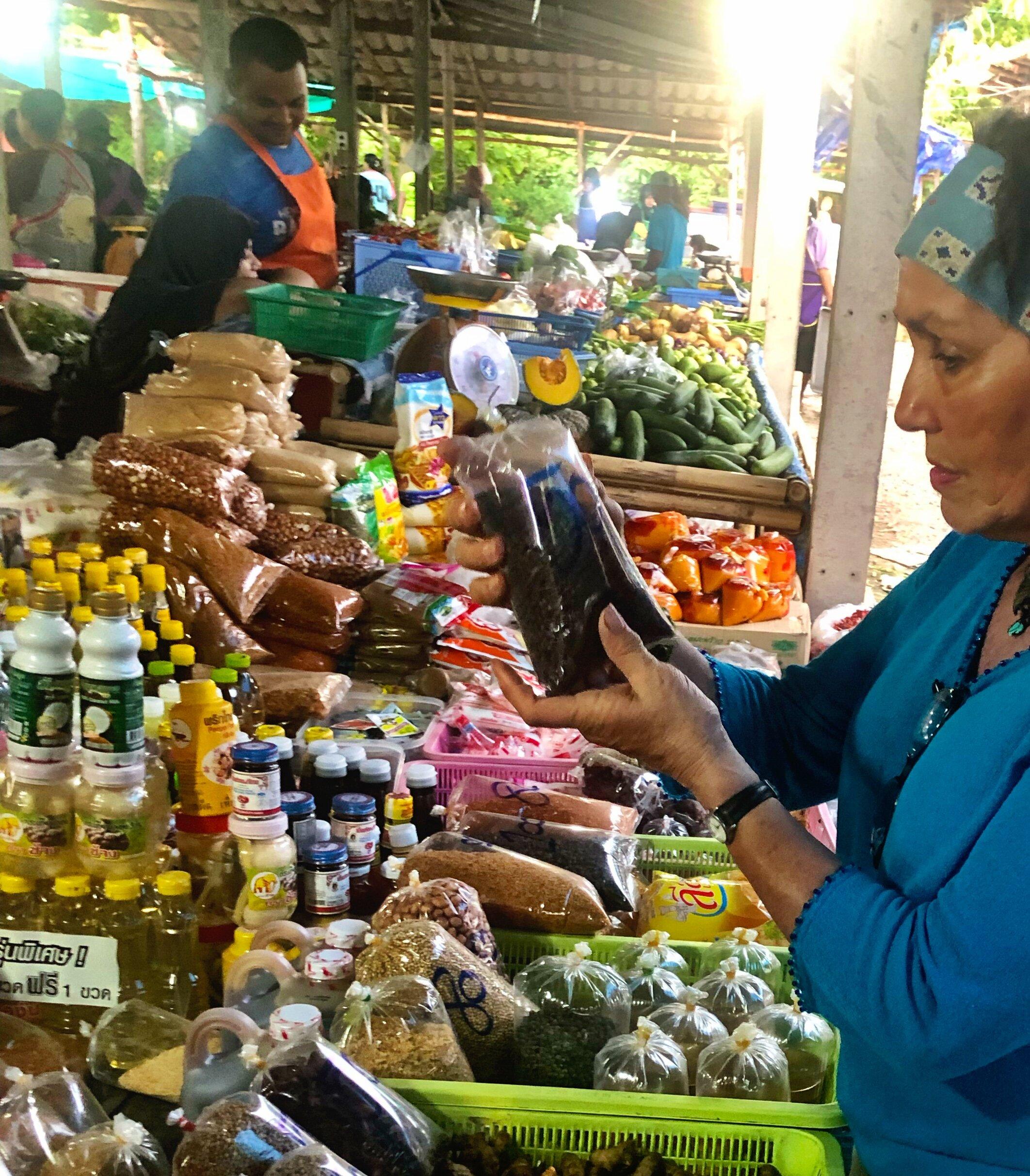 Bush Goddess - Abundance and exotic foods at the weeklyKoh Lanta market