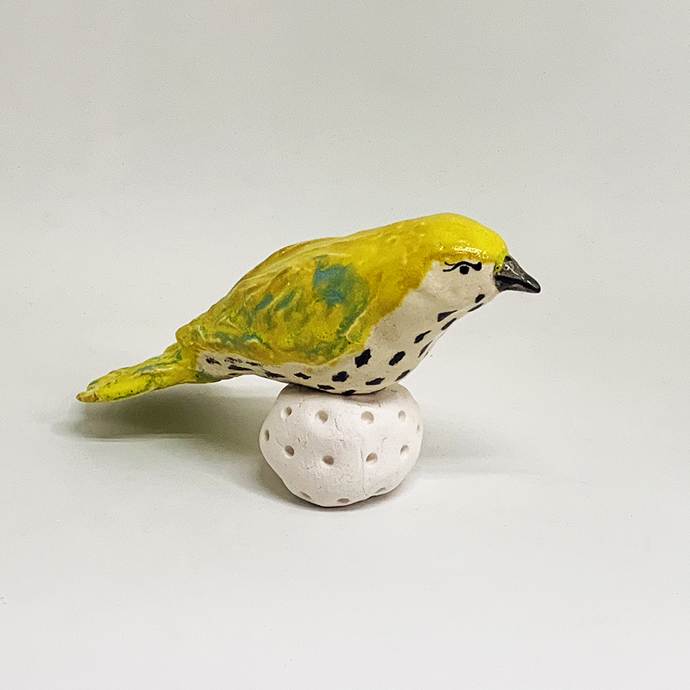 Yellow spotted bird approx 160mm w x 130mm high