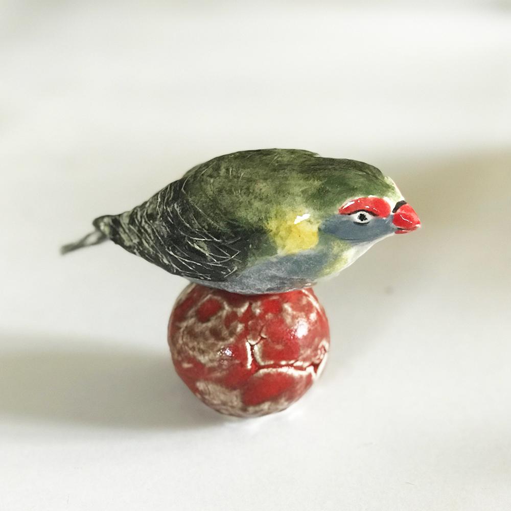 Green bird approx 160mm w x 130mm high