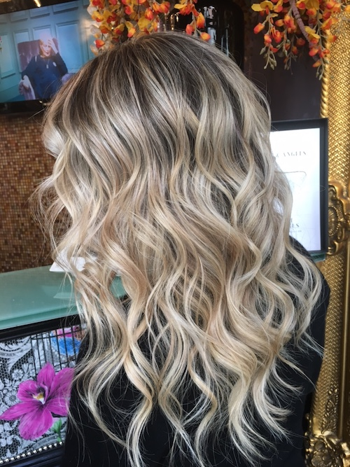 Balayage & Beach-waves by Sorina