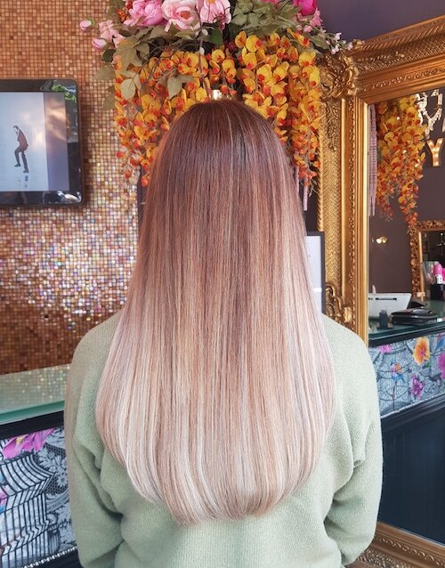 Great Lengths Extensions and Colour by Louise (50 pieces)