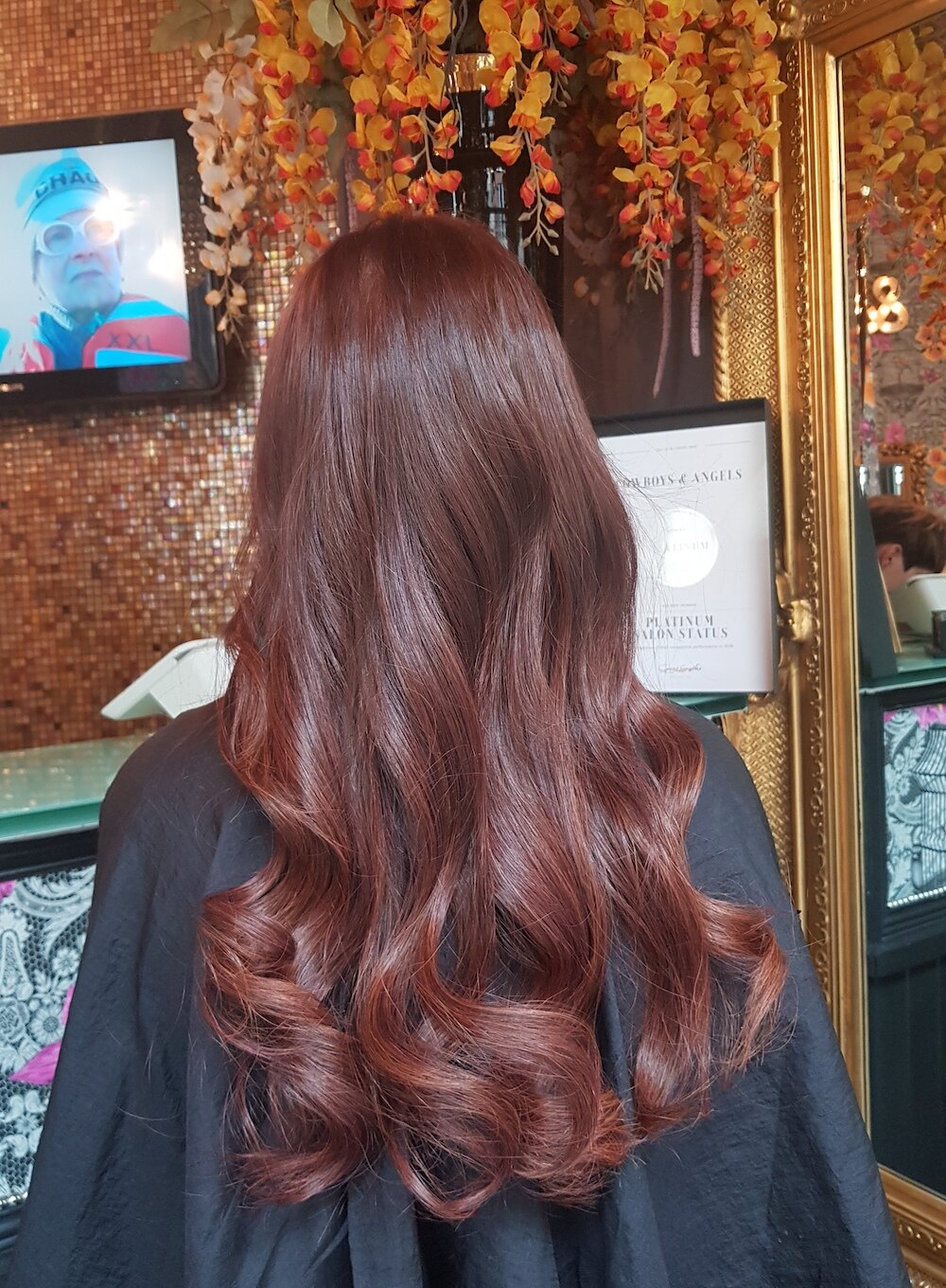 Great Lengths Extensions and Colour by Louise (75 pieces)