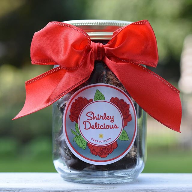Need party favors, the hostess gift or a present for your child's teachers? We have the perfect one of a kind treat with new holiday packaging! Place your orders now! (shirley@shirleydelicious.com) We well also be available at the SMNC this Sunday from 11am - 3pm for their Holiday Bazaar with free samples! Come check us out! ❤️🍫☀️🌹 #chocolate #sweet #delicious #shirleydeliciousconfections  #family #girls #treats #back40mercantile #businesswoman #yummy #chocolate #mother #daughter #madewithlove❤️ #connecticutmade #stamfordlocal #englishtoffee #womanowned #handdipped #ctbites #stamfordlocal #weddingfavor #partyfavor